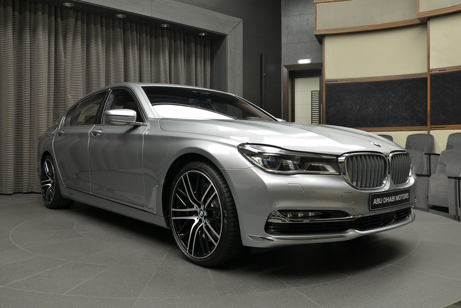 BMW 760Li xDrive V12 Pure Excellence Design (3)