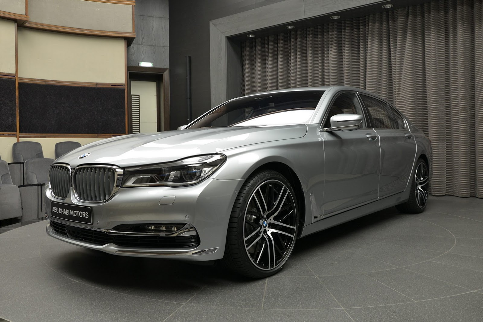 BMW 760Li xDrive V12 Pure Excellence Design (4)