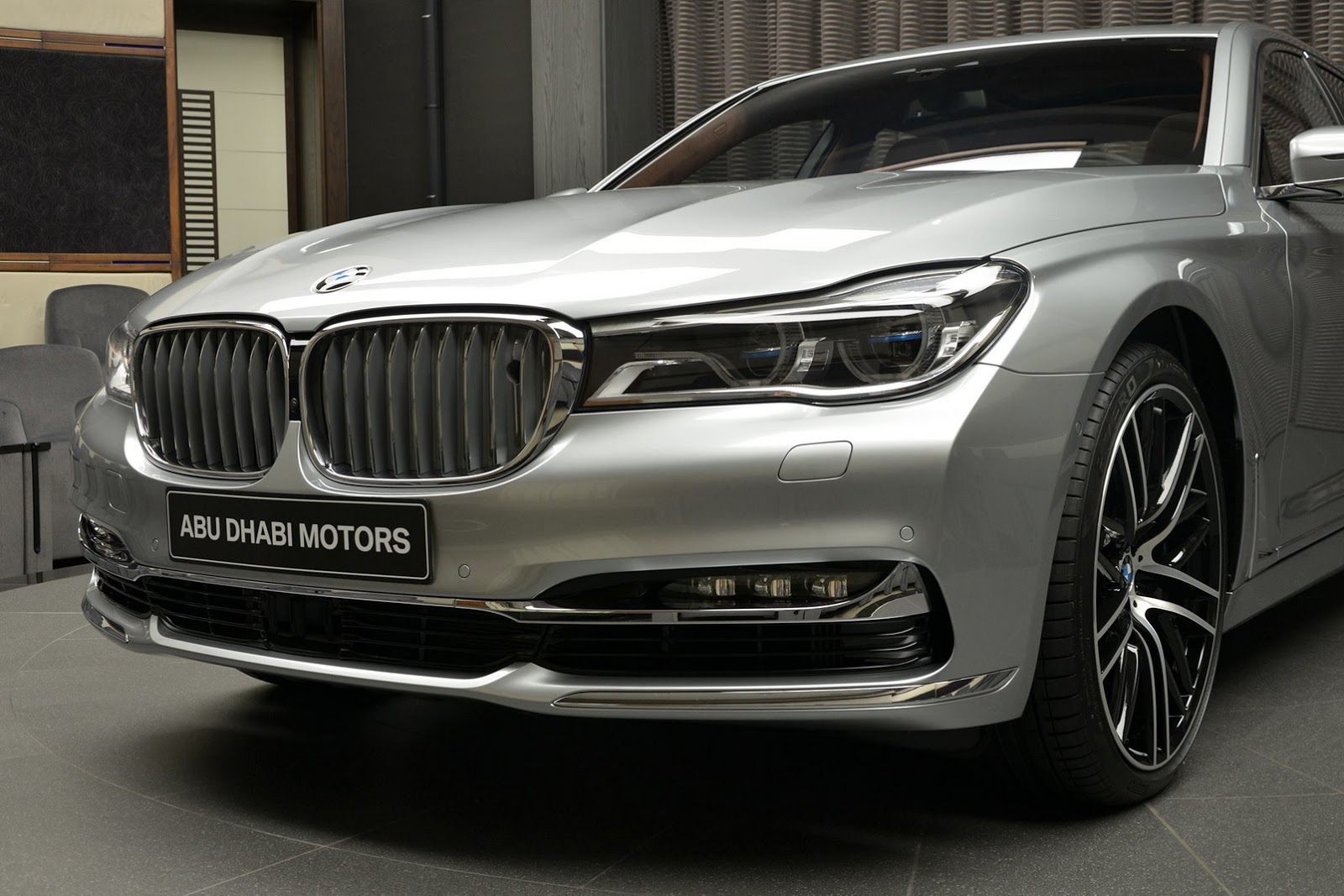 BMW 760Li xDrive V12 Pure Excellence Design (7)