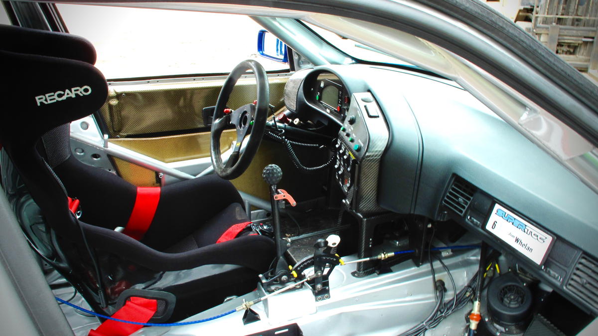 BMW-320-interior