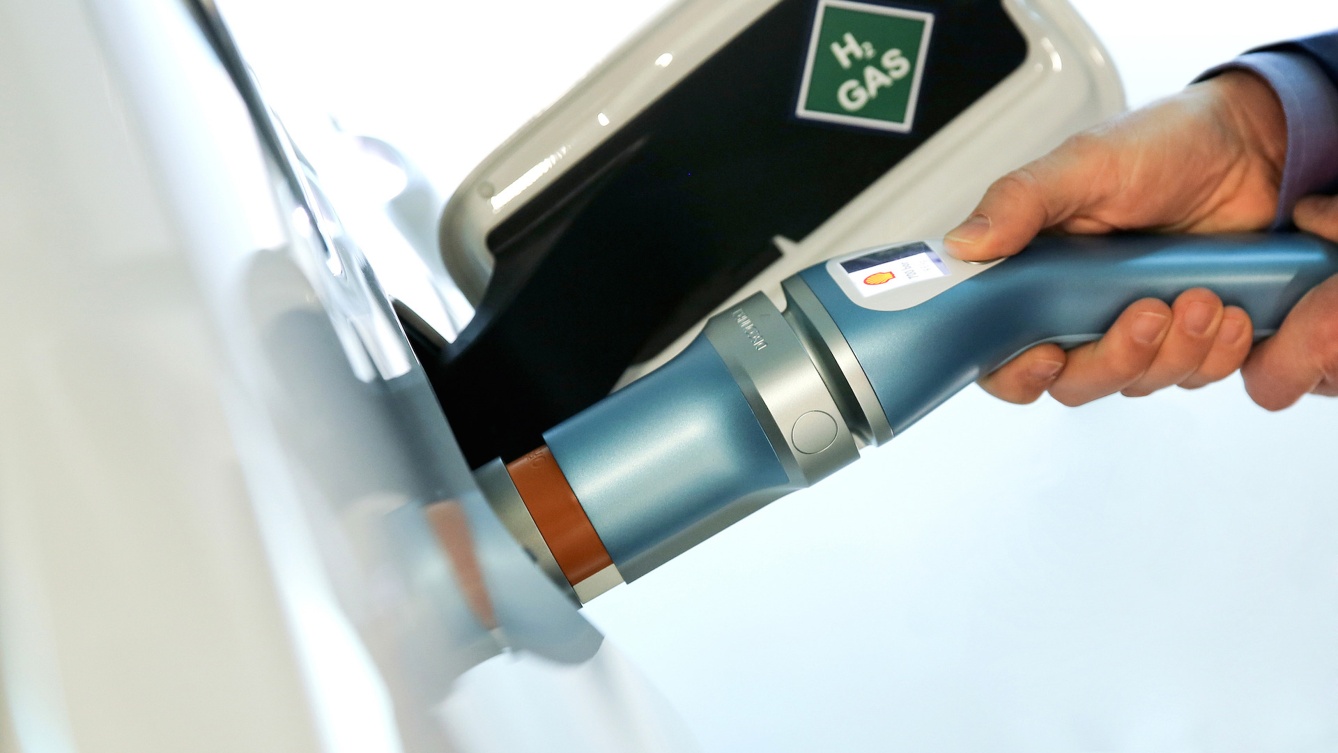BMW Hydrogen Refueling Station (4)