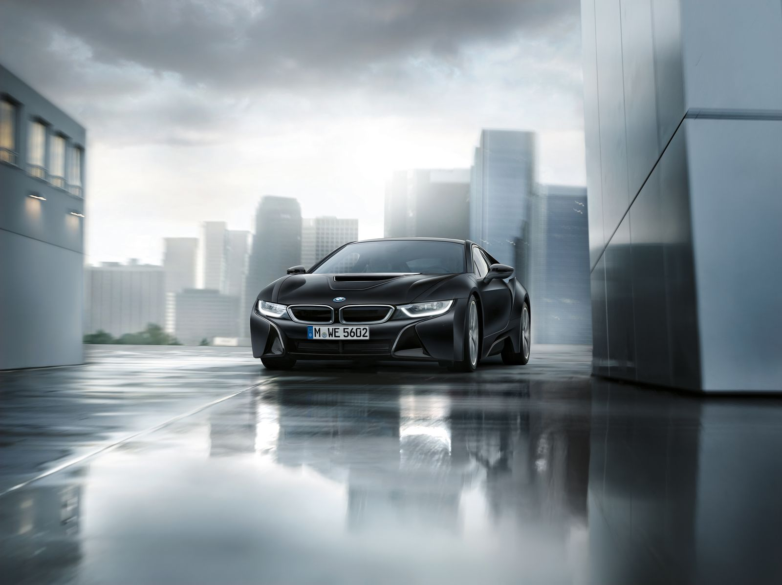 BMW i8 Frozen Black 4
