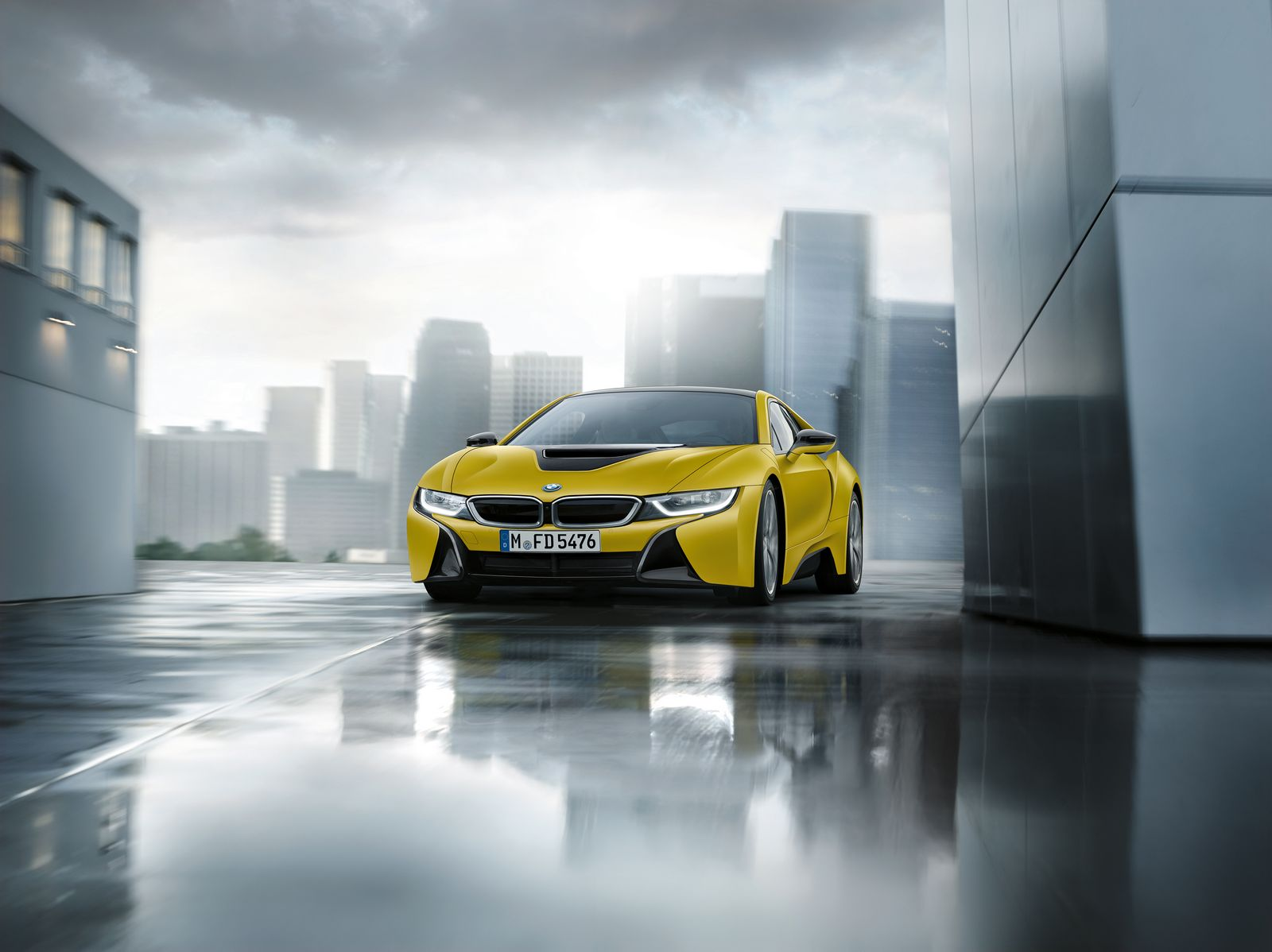 BMW i8 Frozen Yellow 5
