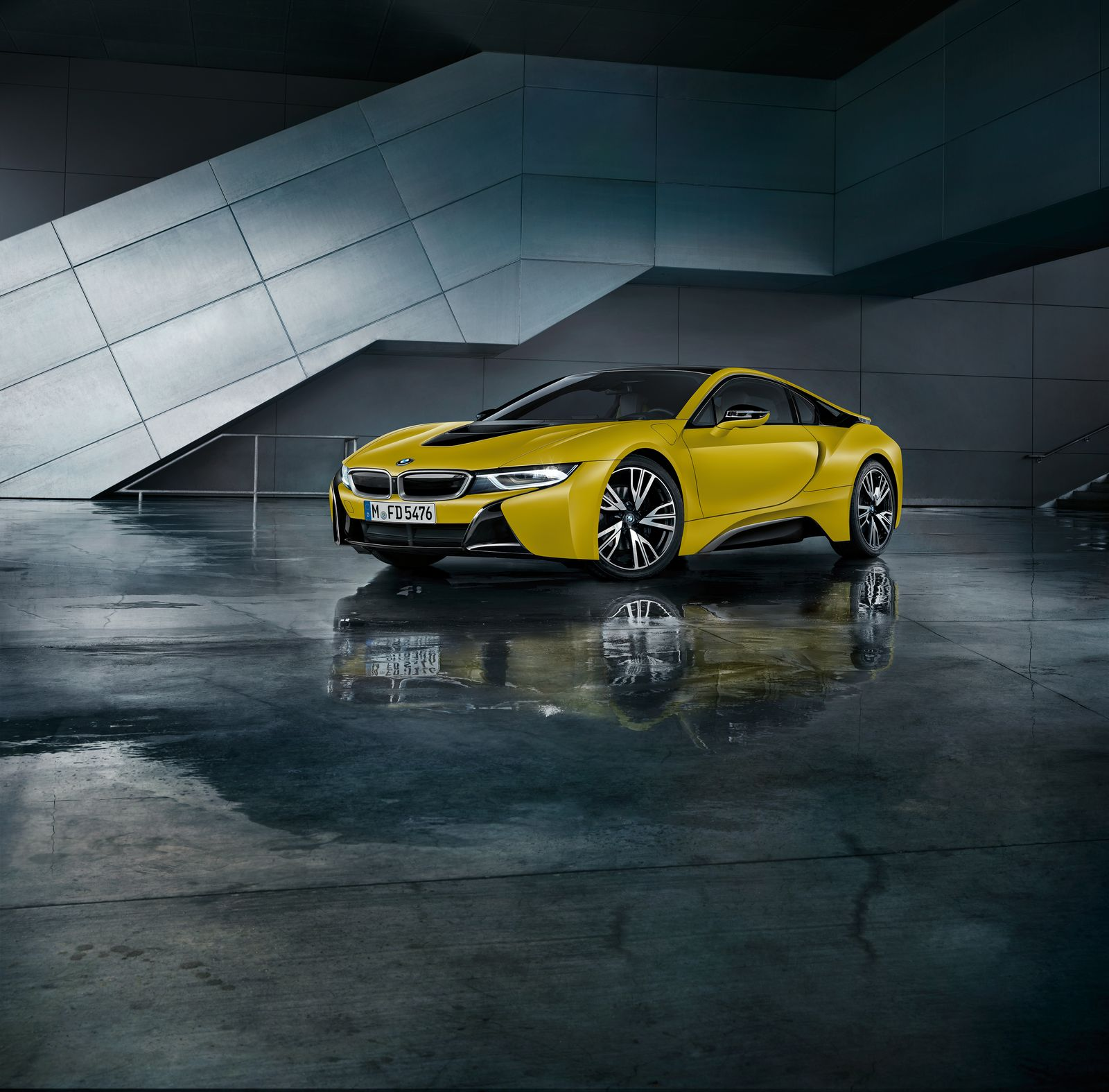 BMW i8 Frozen Yellow 8