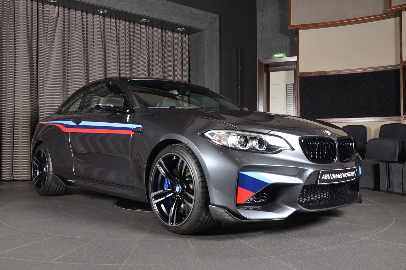BMW_M2_Abu_Dhabi_02