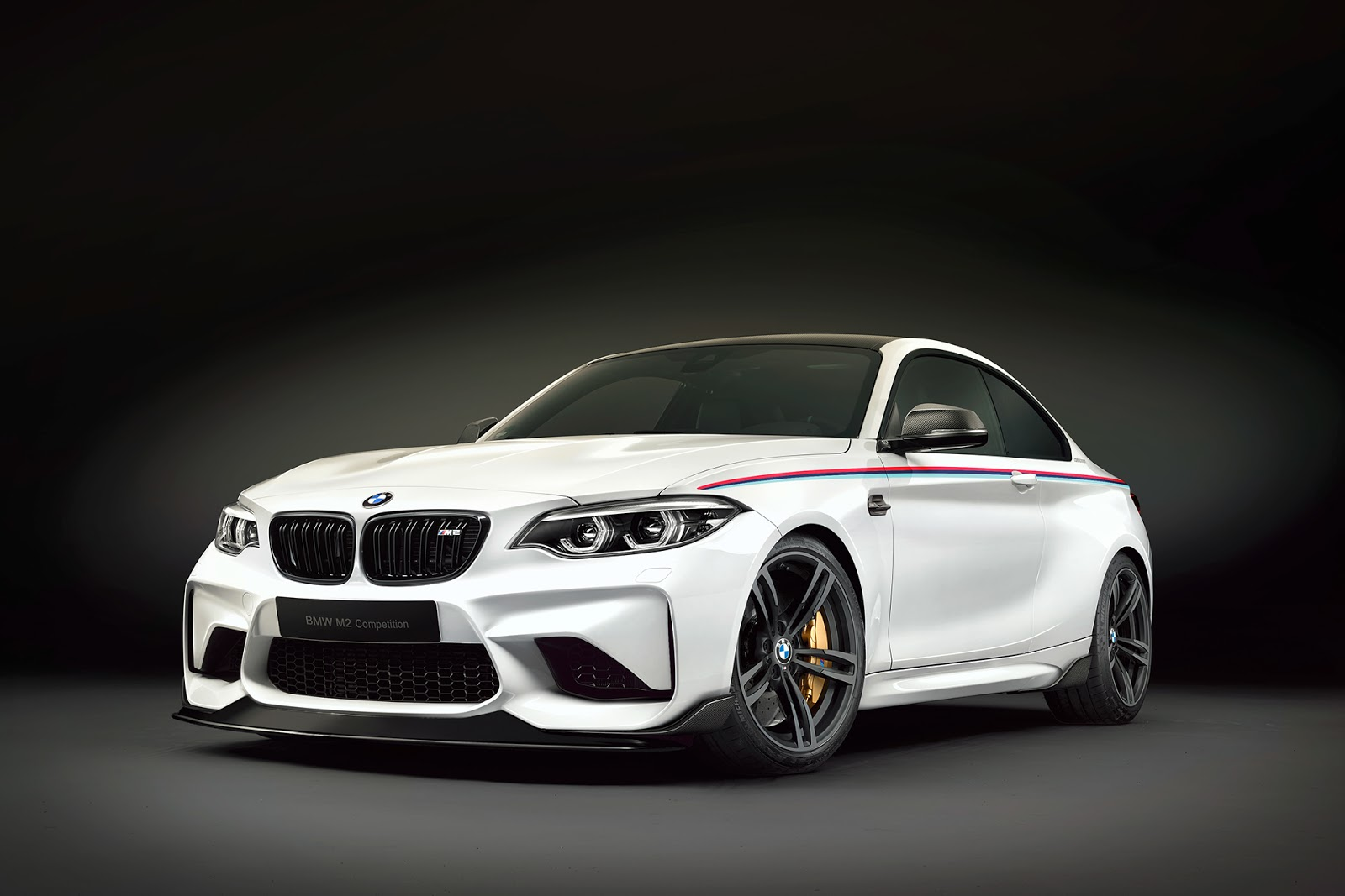BMW-M2-Competition-Renderings-25