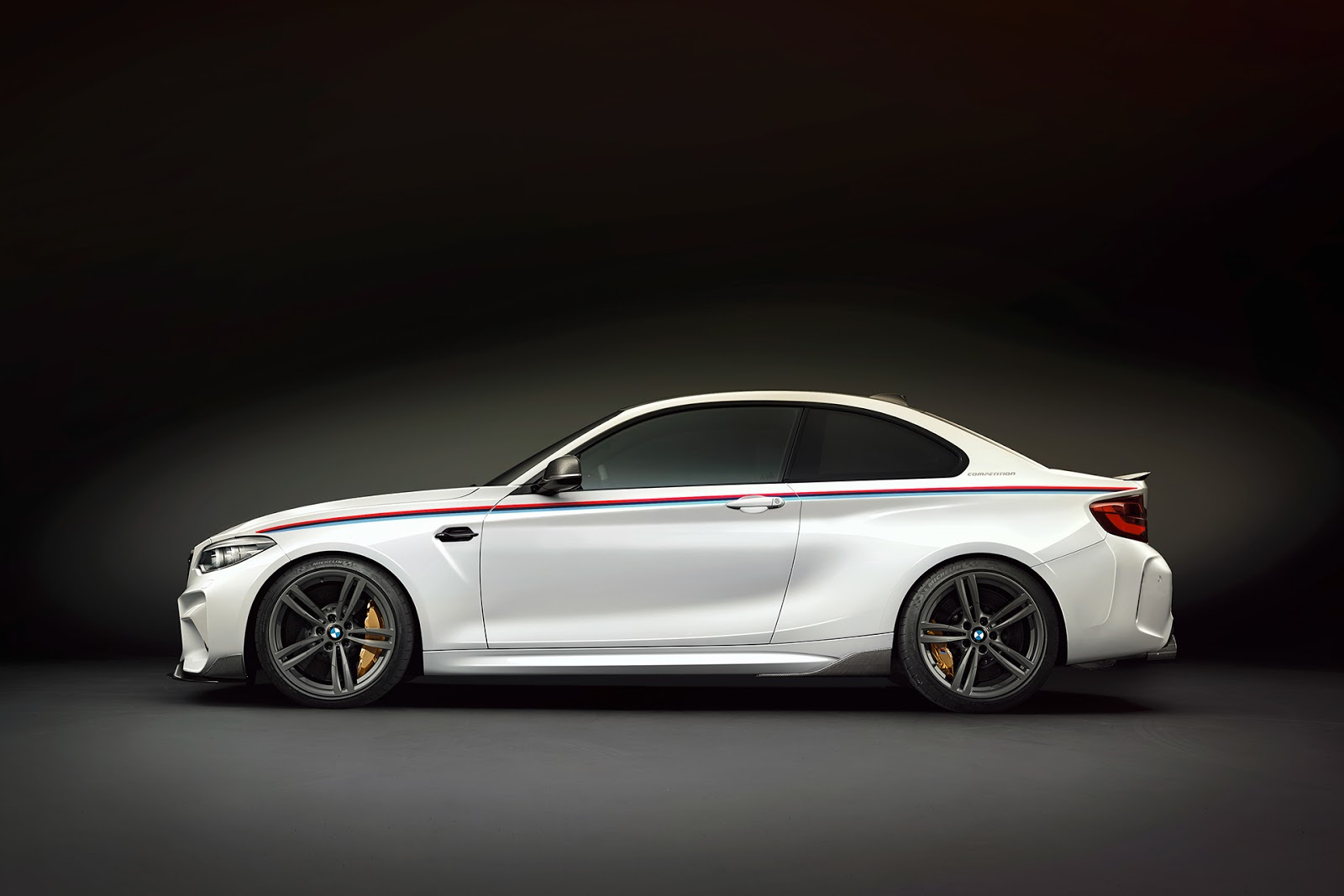 BMW-M2-Competition-Renderings-26