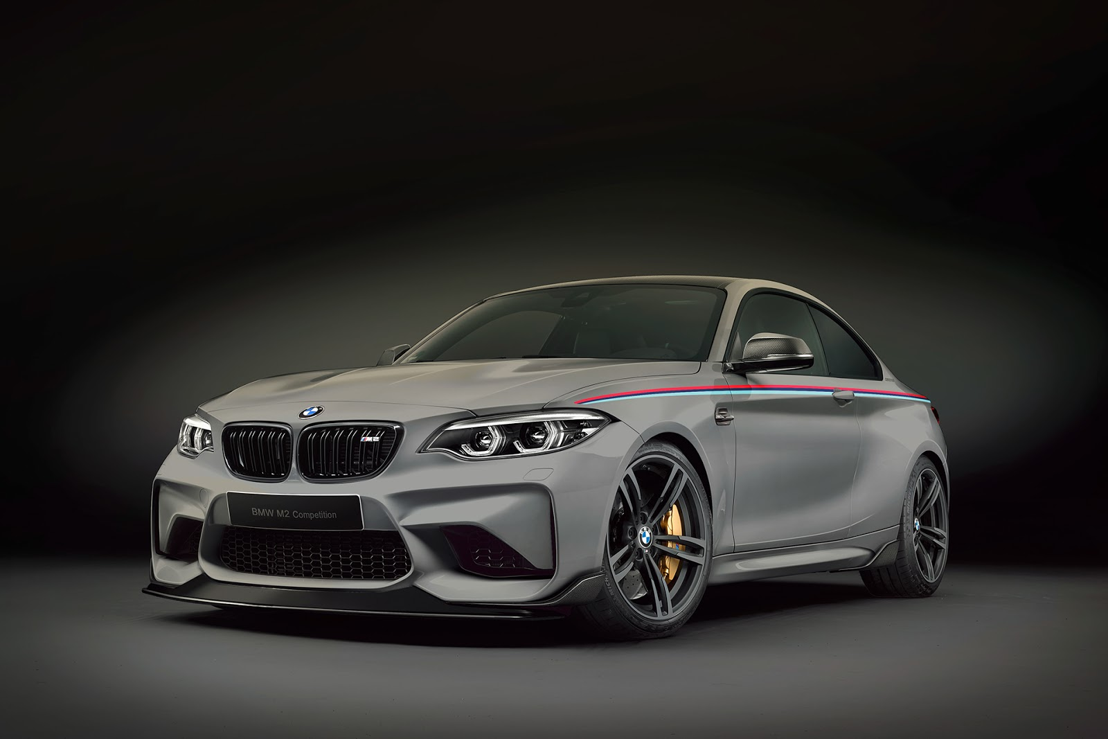 BMW-M2-Competition-Renderings-27
