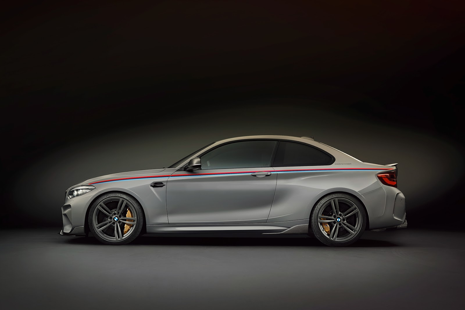 BMW-M2-Competition-Renderings-28
