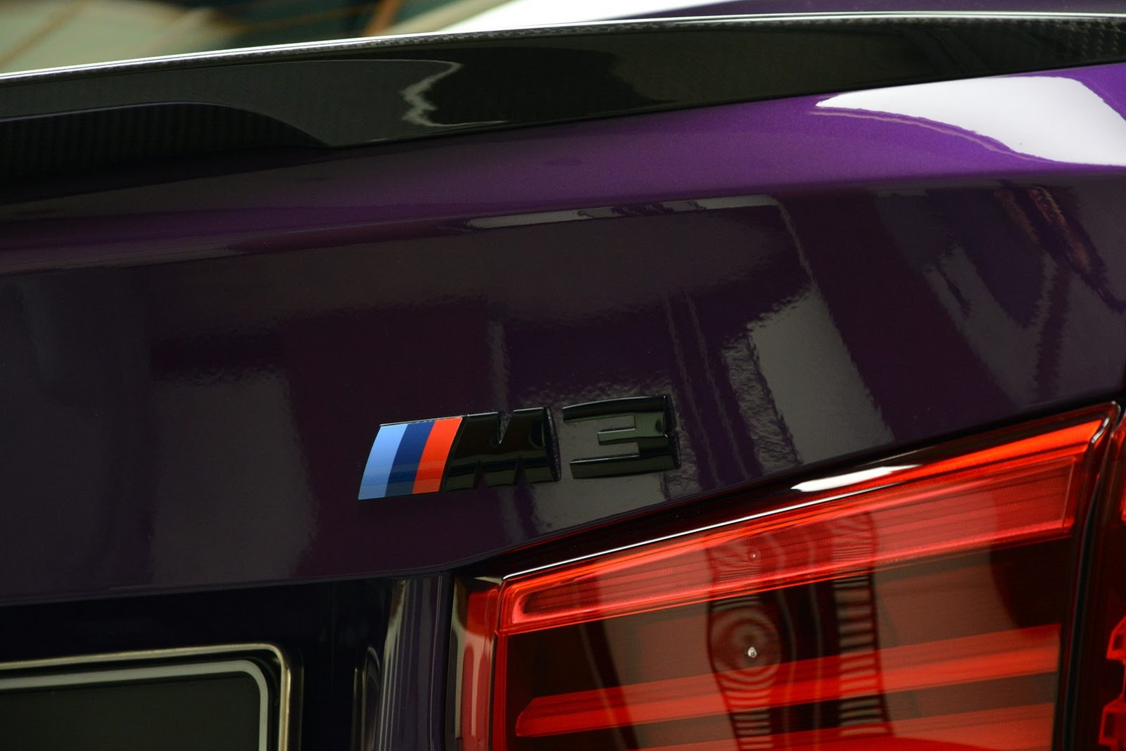 BMW_M3_Competition_Pack_Twilight_Purple_03