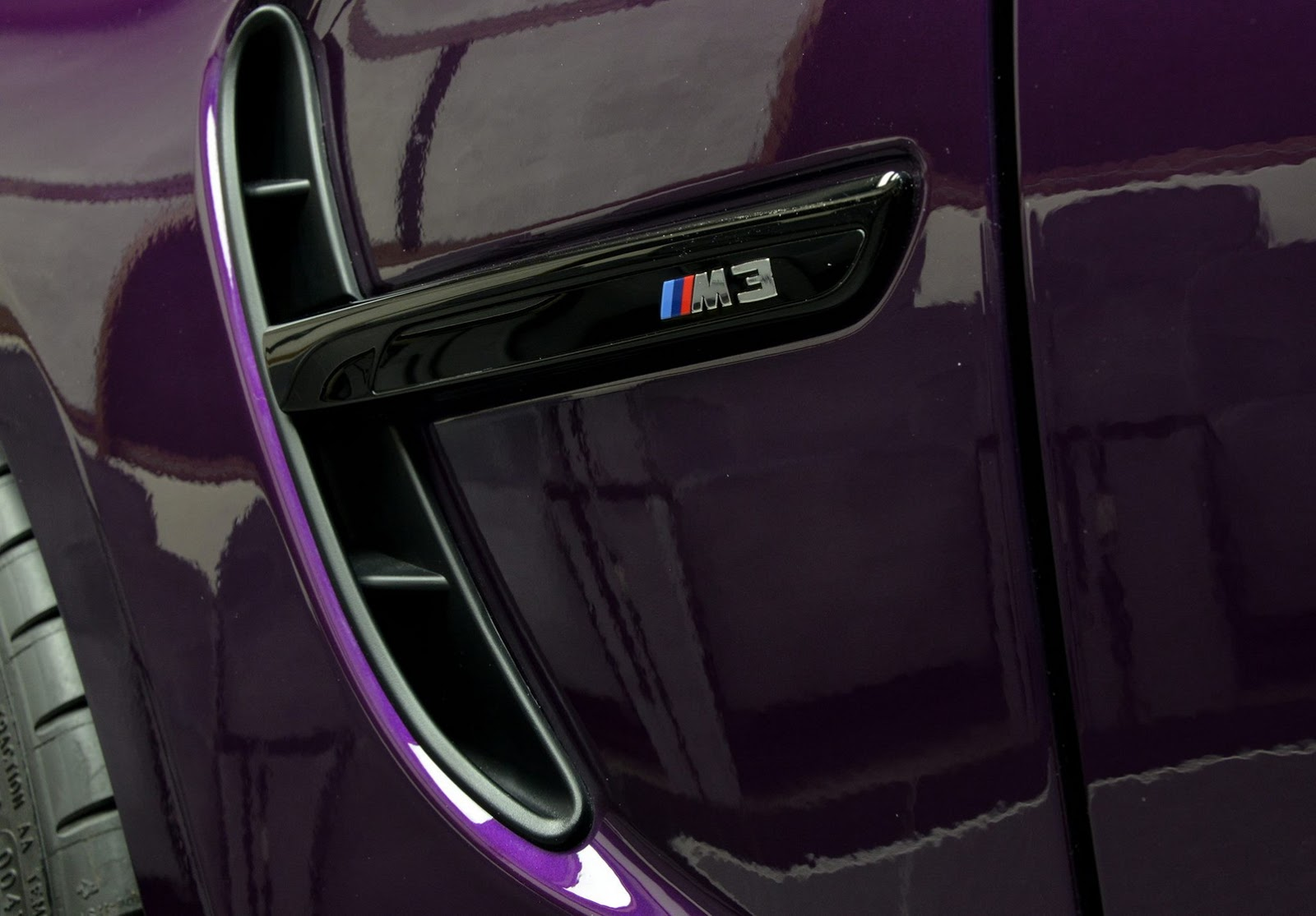 BMW_M3_Competition_Pack_Twilight_Purple_11