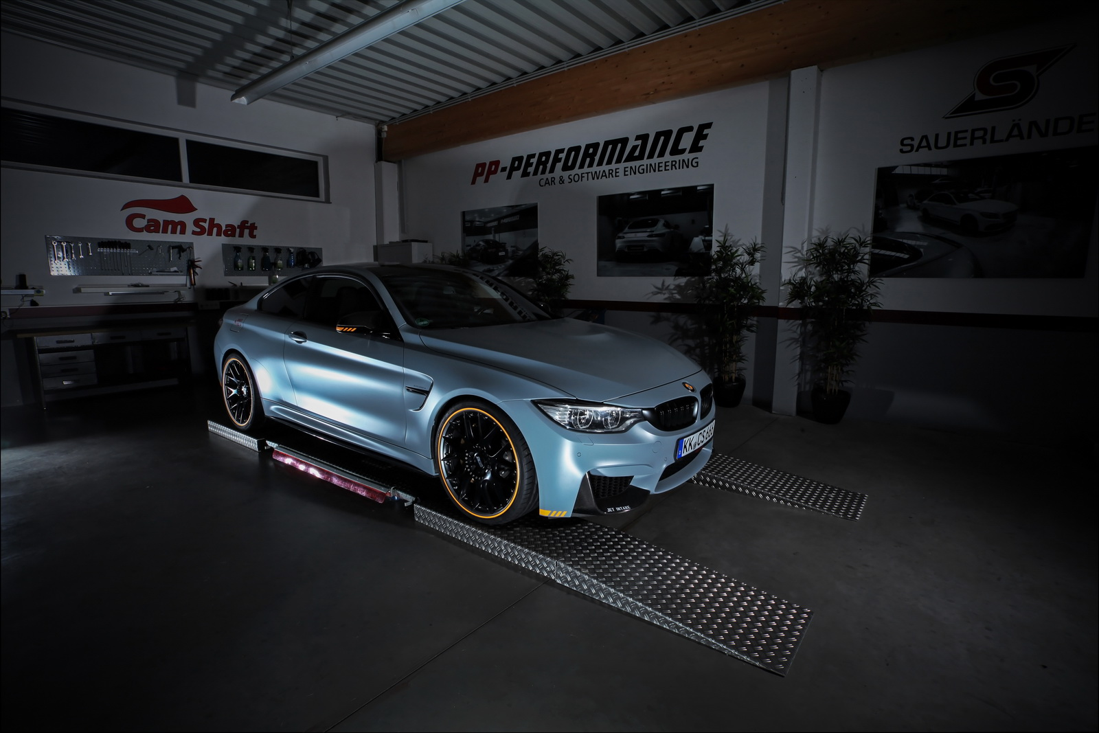 BMW M4 by Cam-Shaft (1)