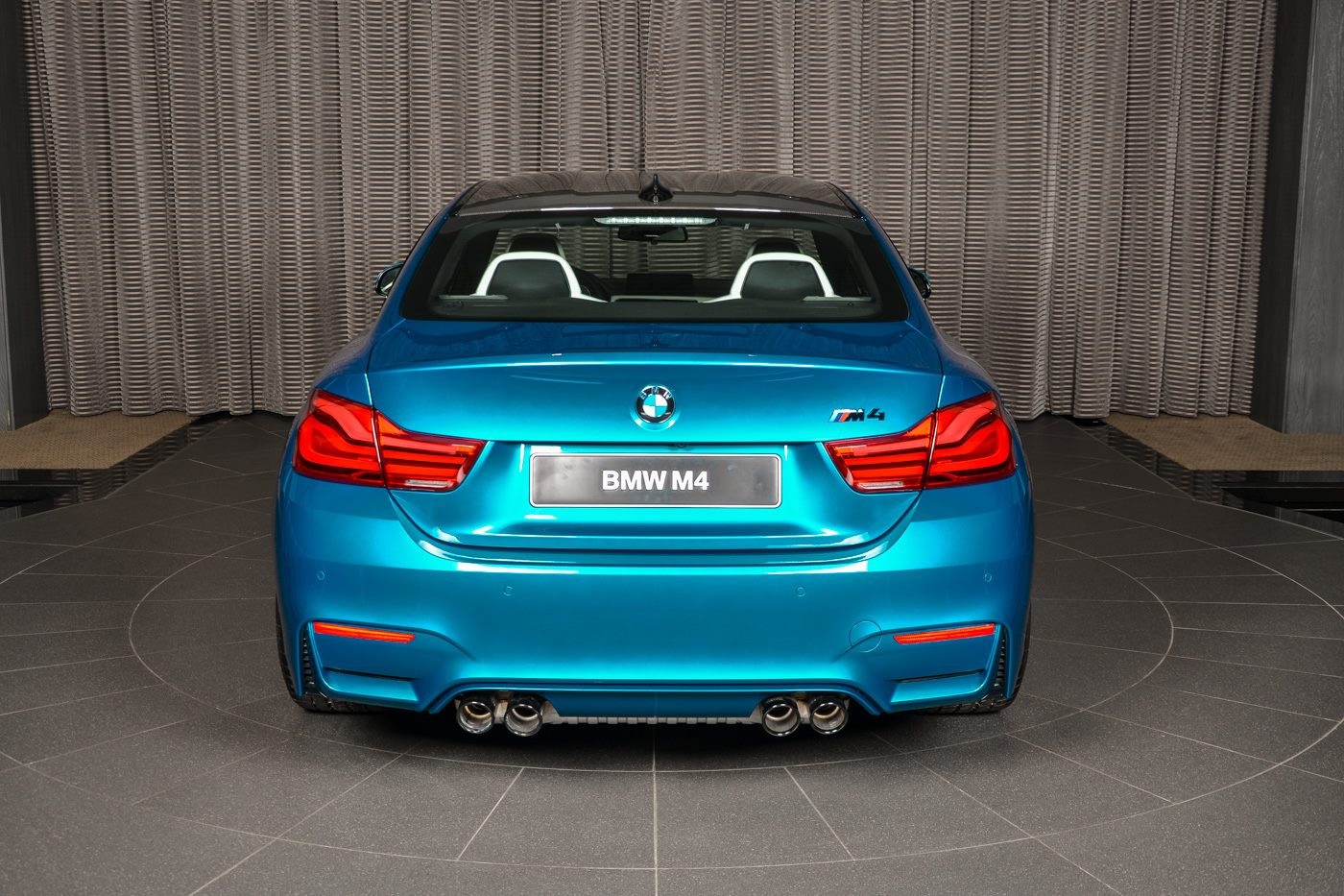 BMW_M4_Competition_Pack_Atlantis_blue_15