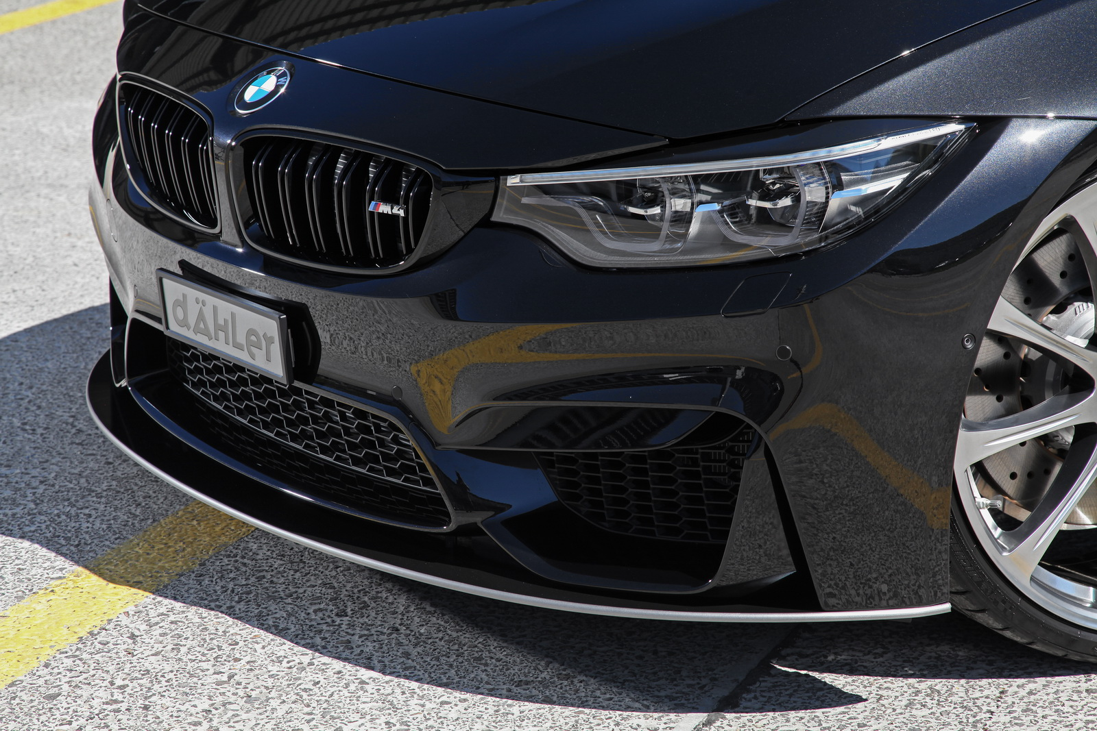 BMW_M4-Competition_Package_by_dahler_02