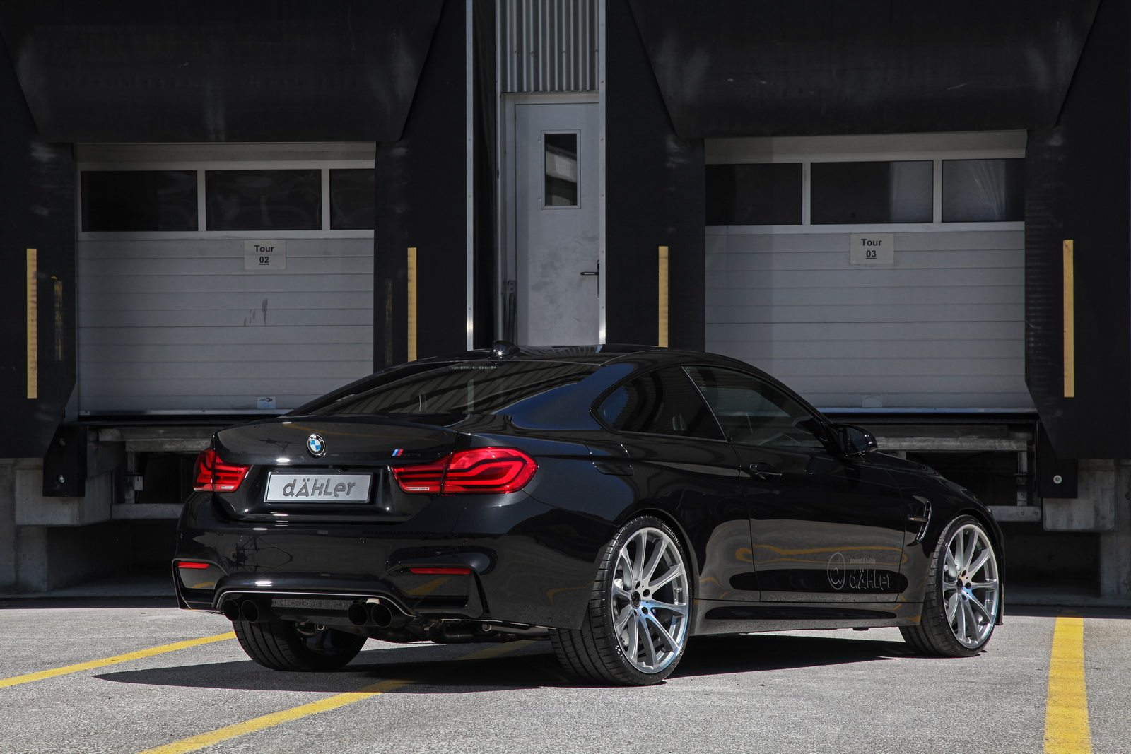 BMW_M4-Competition_Package_by_dahler_14