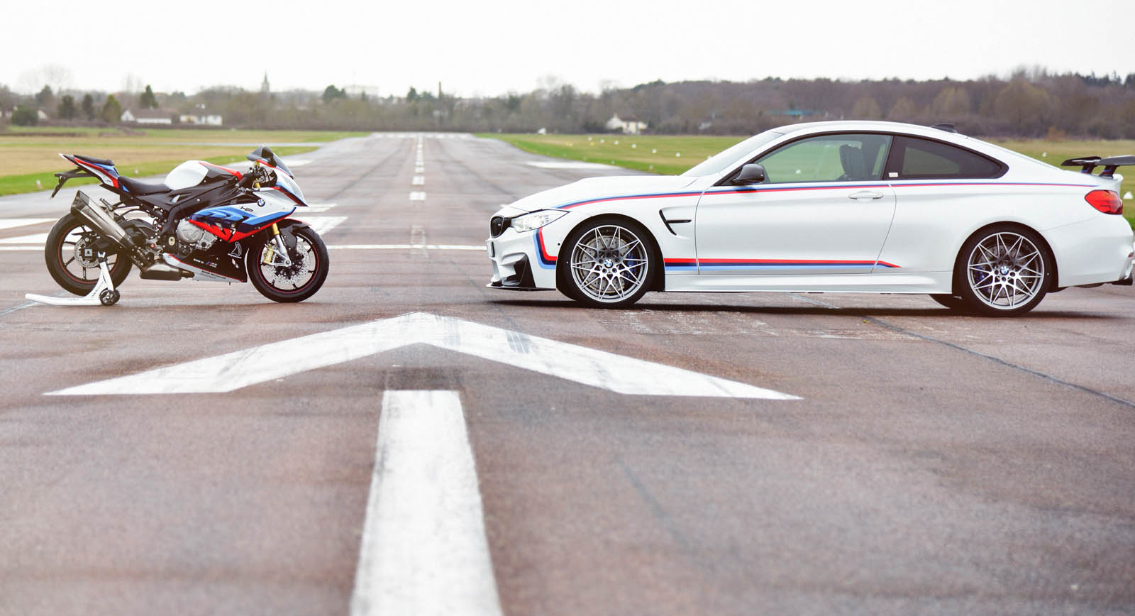 BMW M4 Magny-Cours Edition (2)
