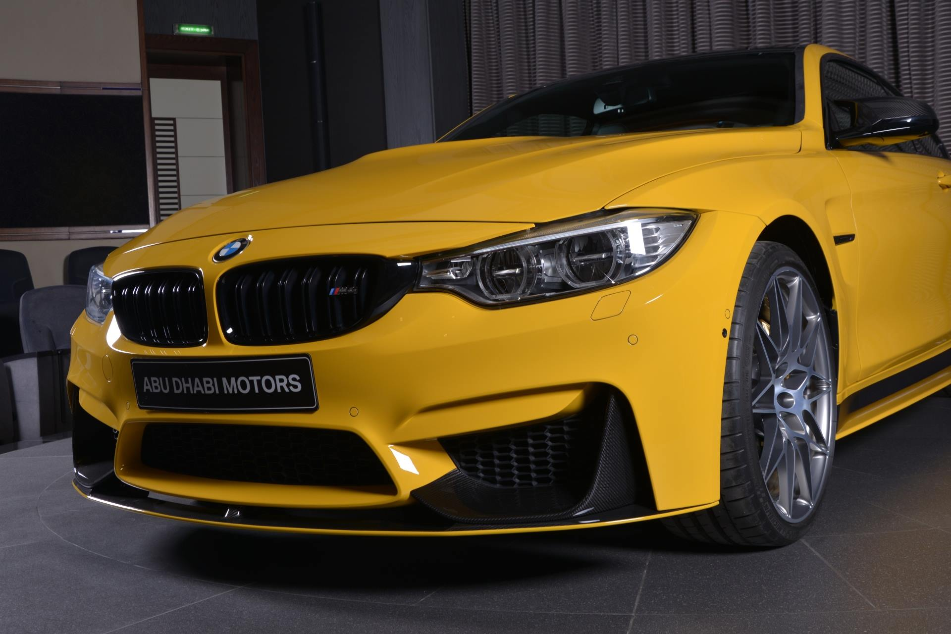 BMW M4 Speed Yellow (11)