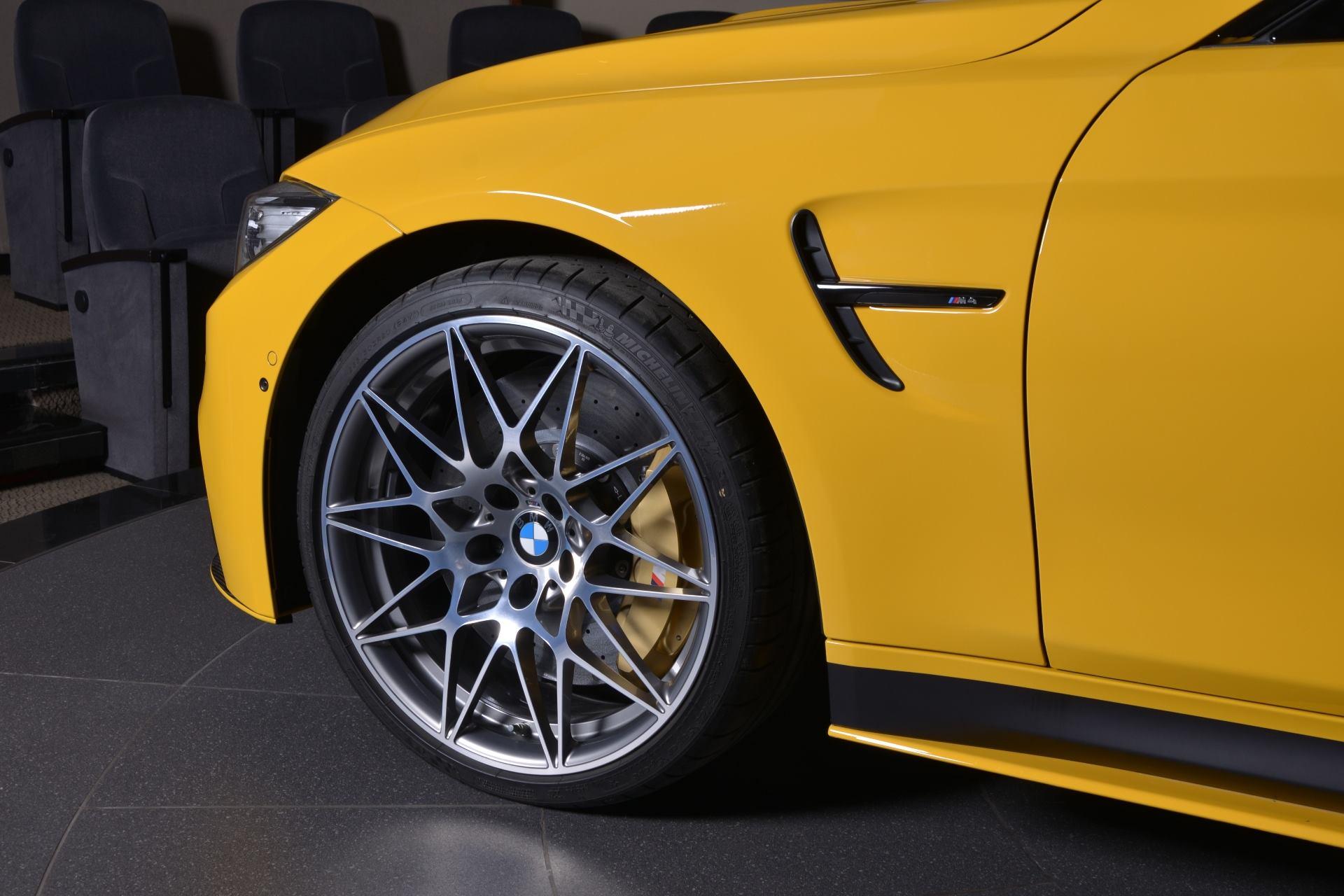 BMW M4 Speed Yellow (3)