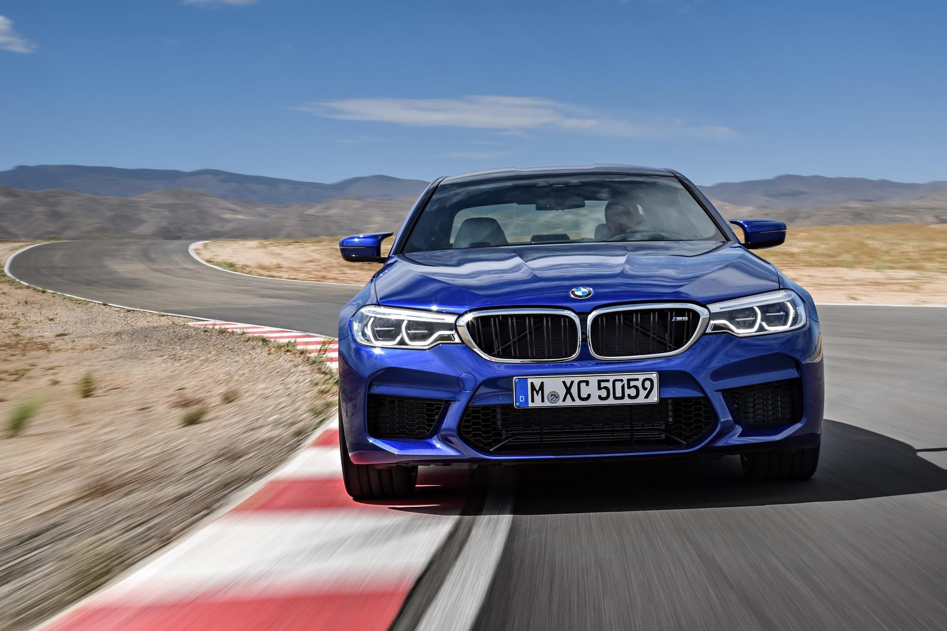 BMW M5 2018 (1)