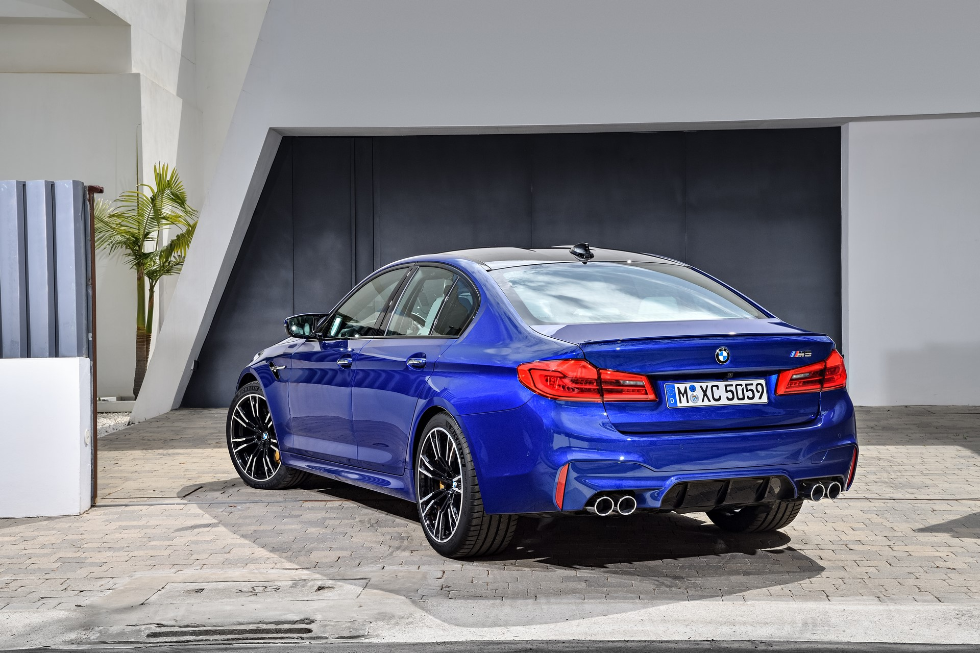 BMW M5 2018 (14)