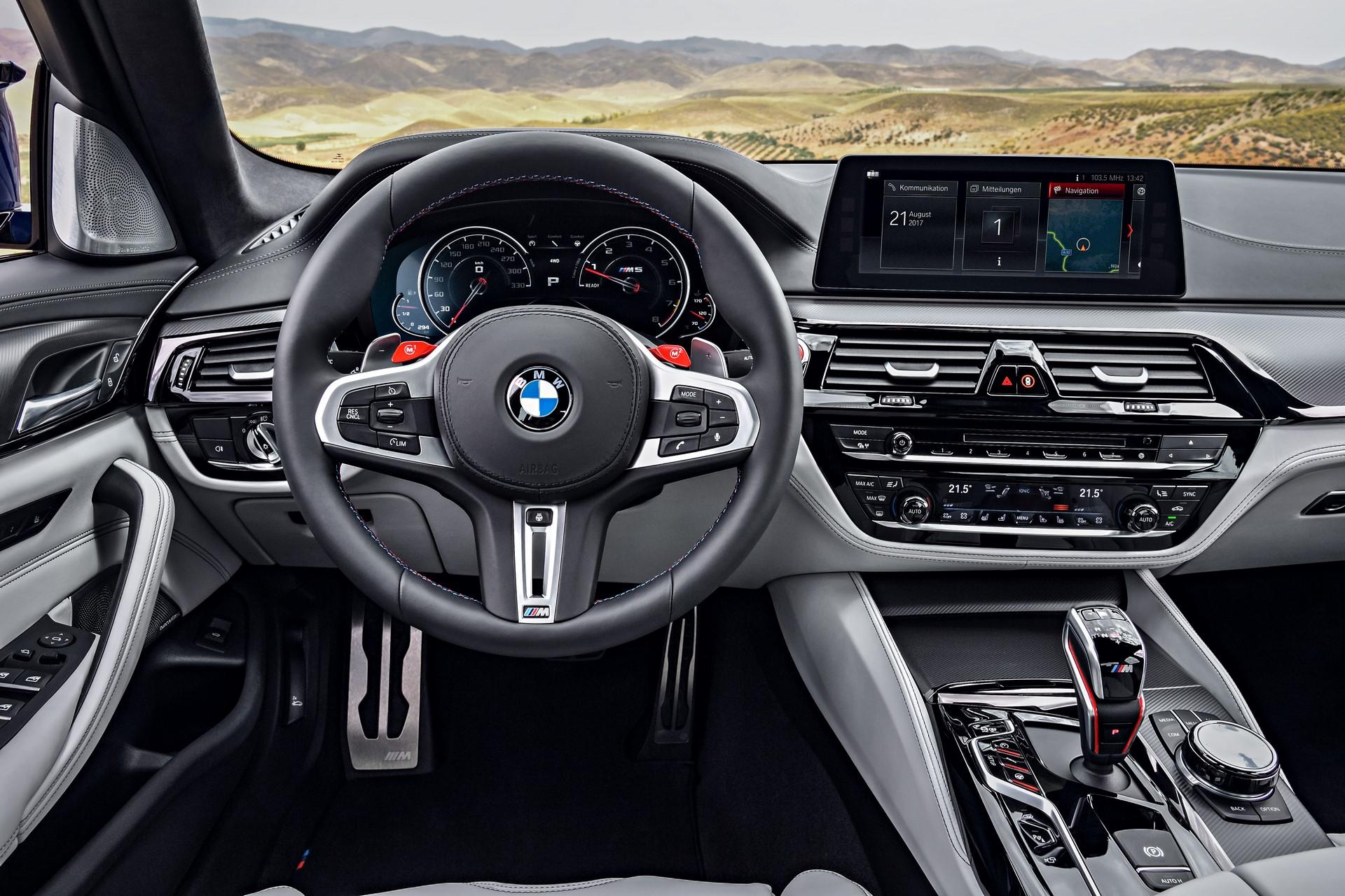 BMW M5 2018 (26)