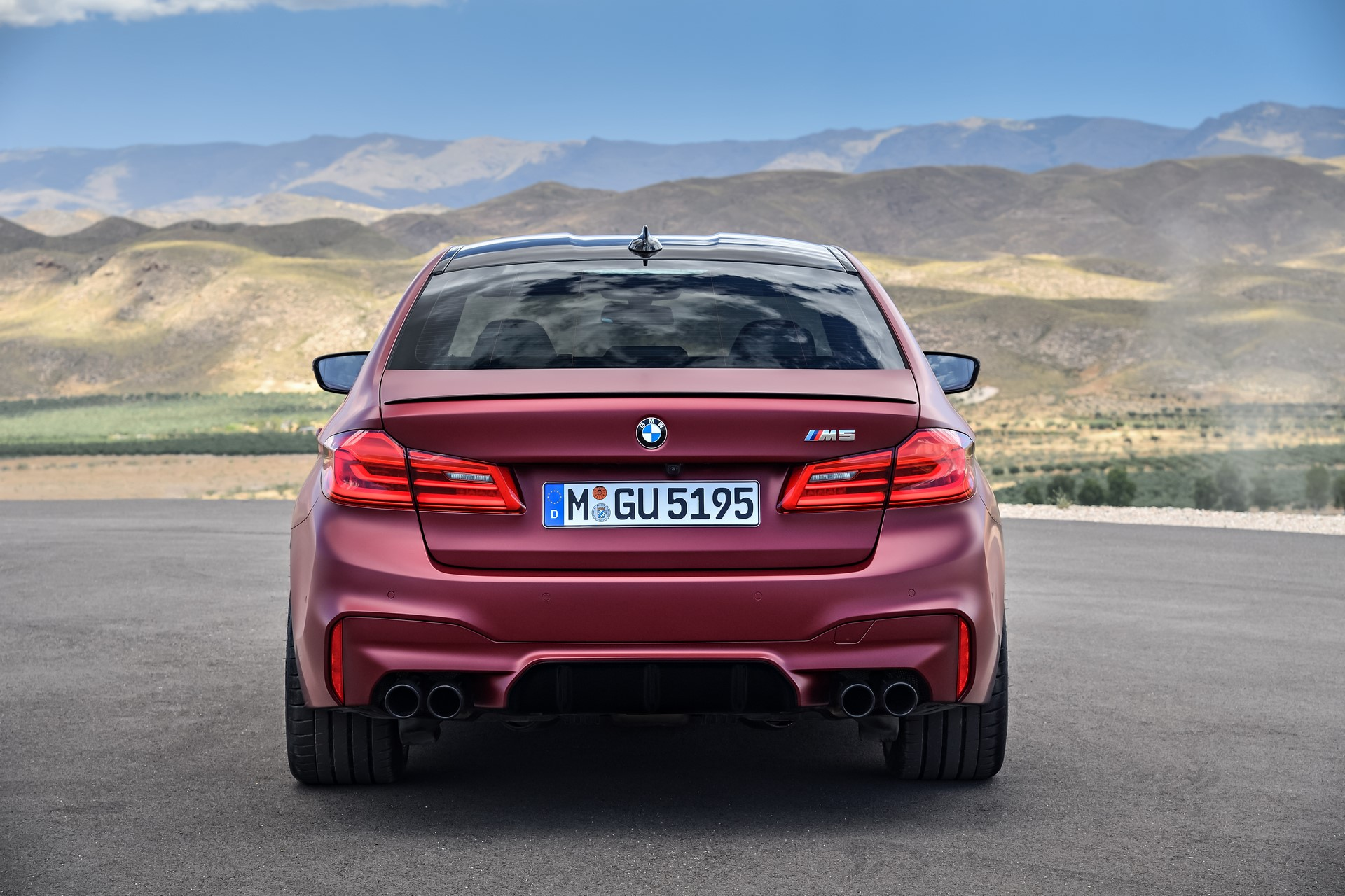 BMW M5 First Edition 2018 (10)