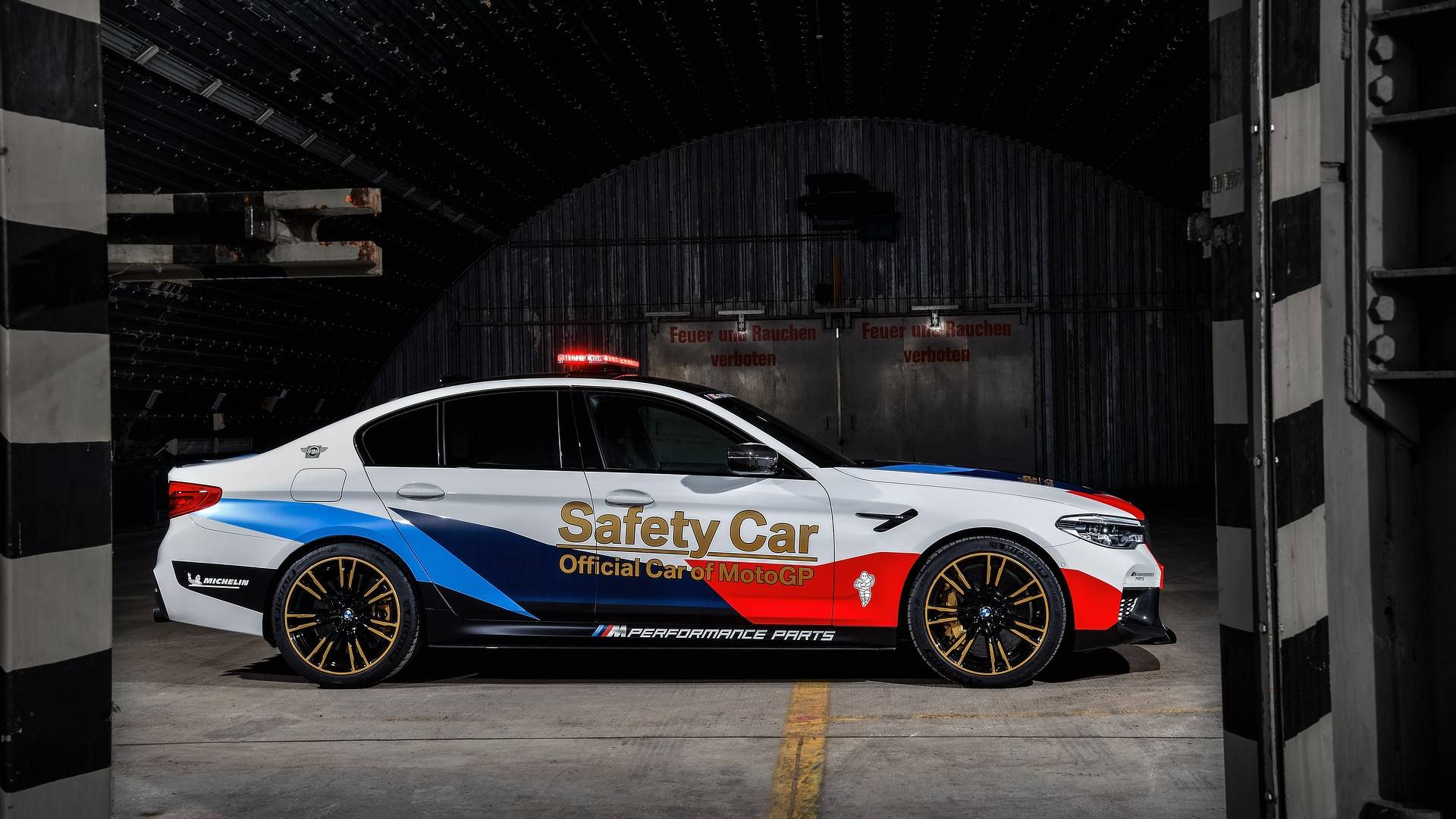bmw-m5-motogp-safety-car (16)