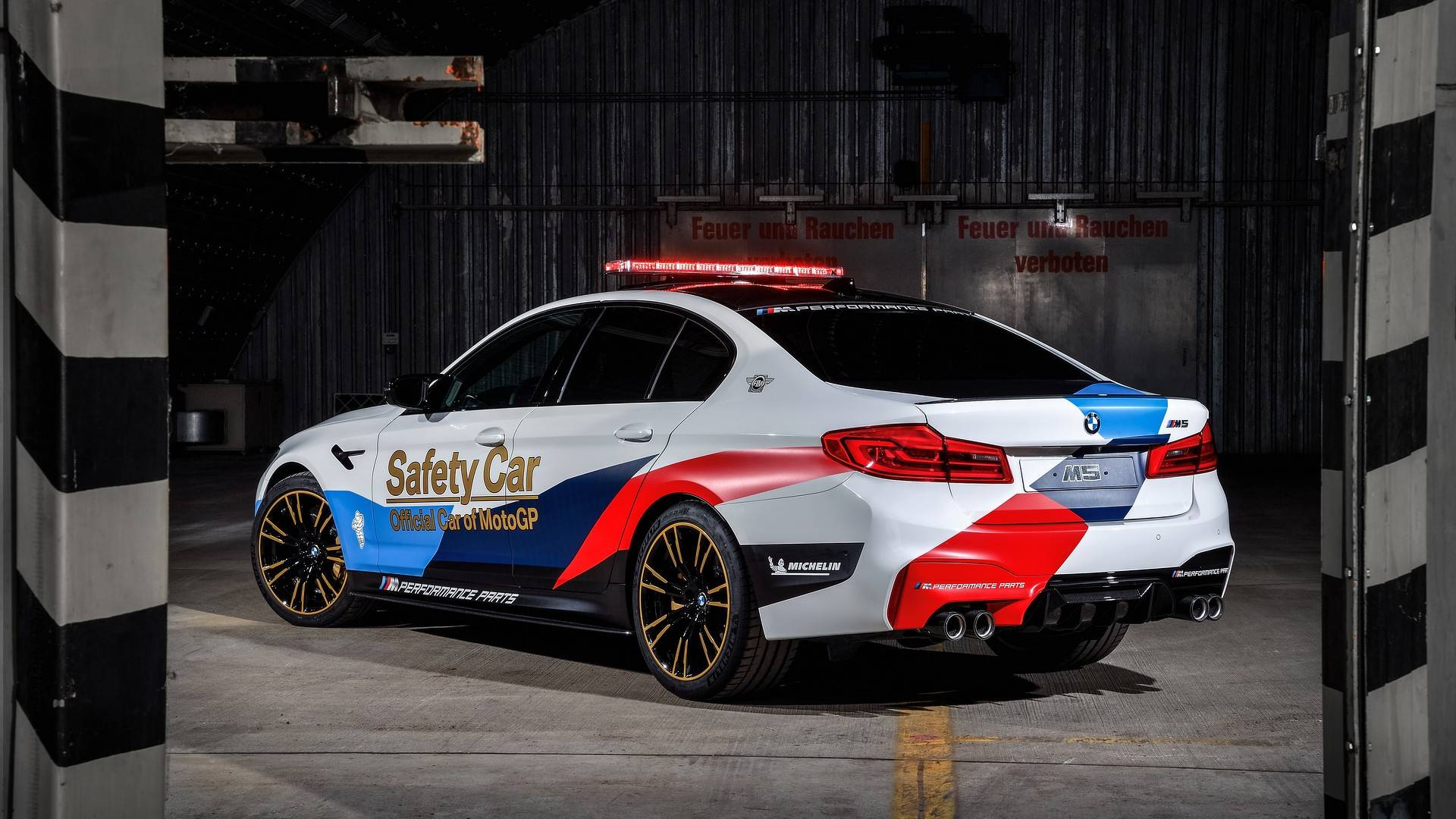 bmw-m5-motogp-safety-car (18)