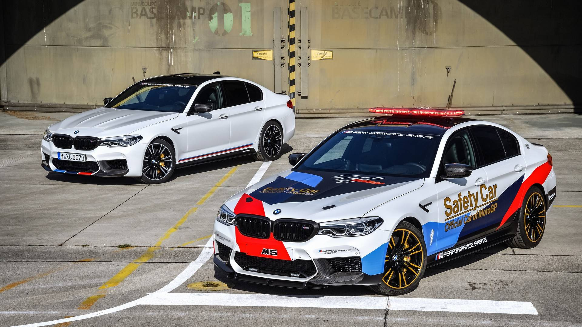 bmw-m5-motogp-safety-car (19)