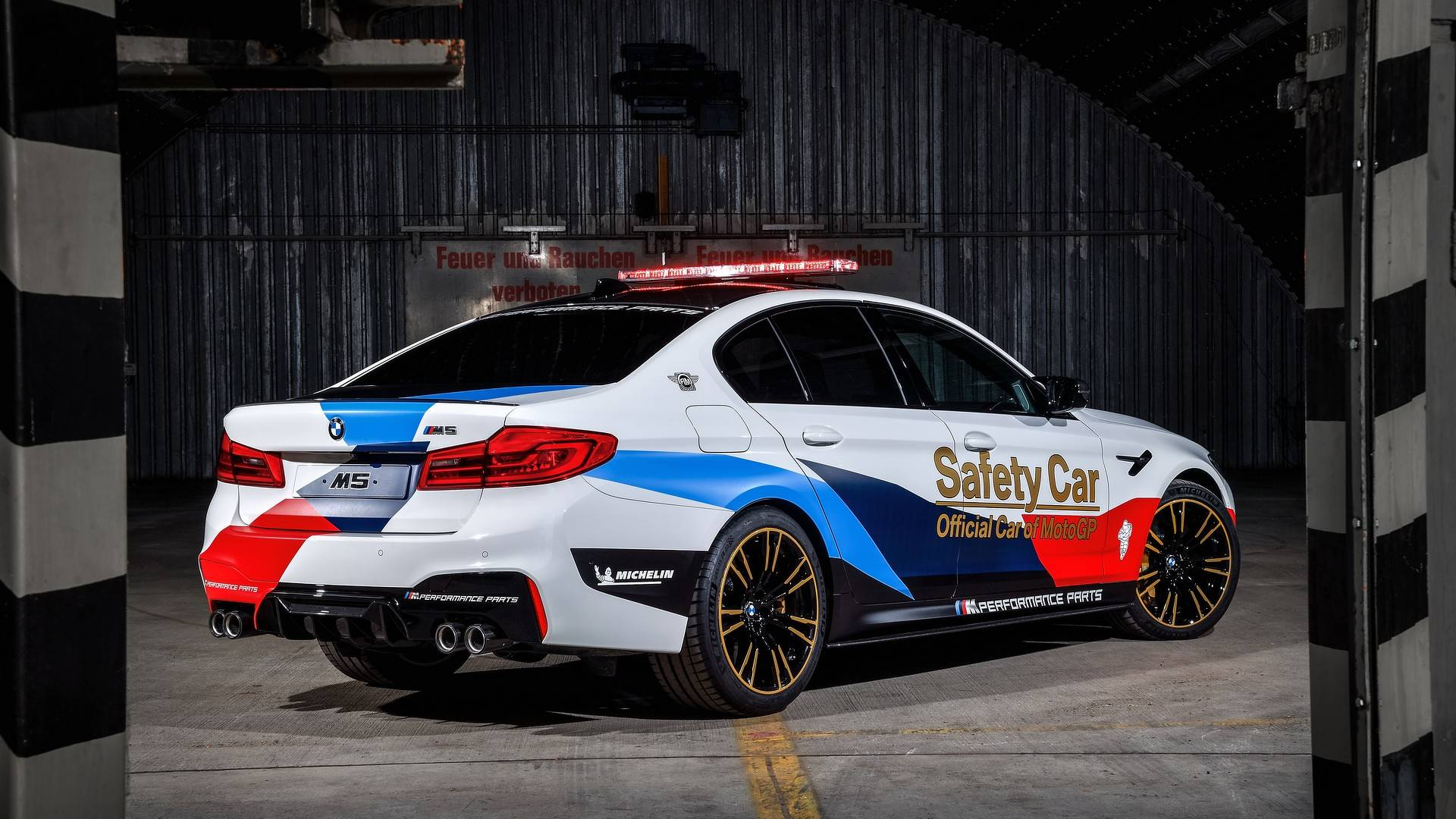 bmw-m5-motogp-safety-car (21)
