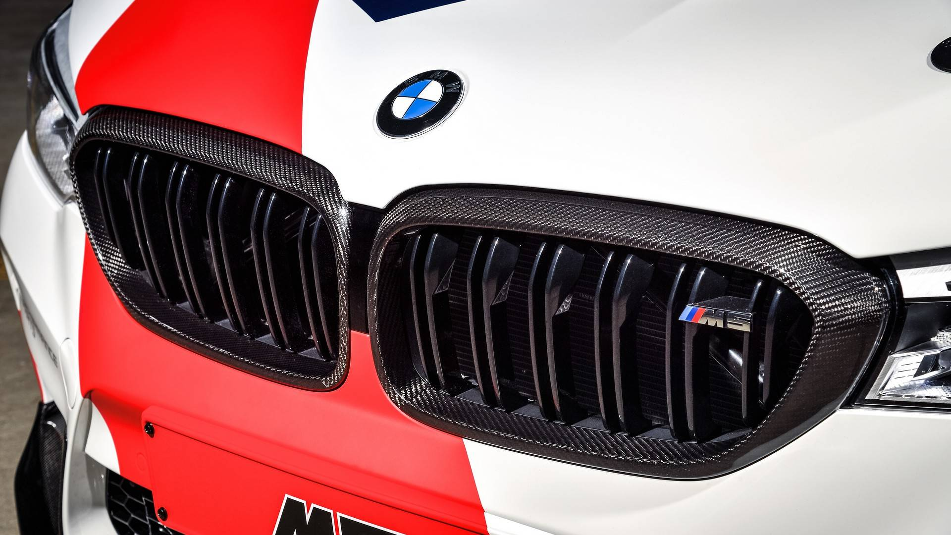 bmw-m5-motogp-safety-car (28)