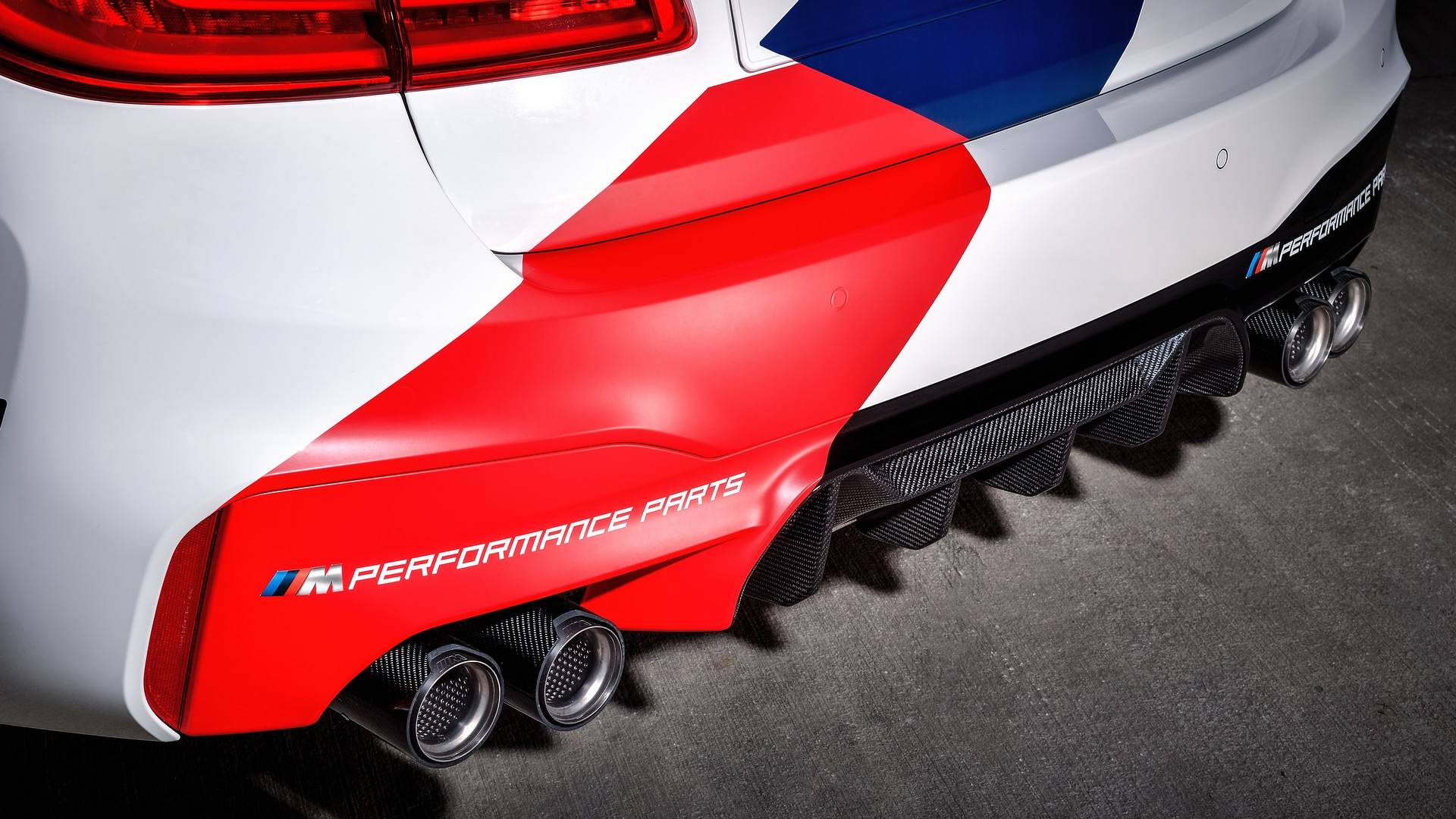 bmw-m5-motogp-safety-car (33)