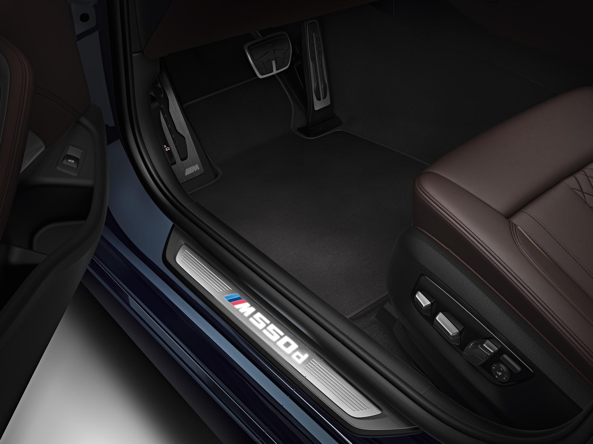 BMW M550d xDrive 2018 (14)