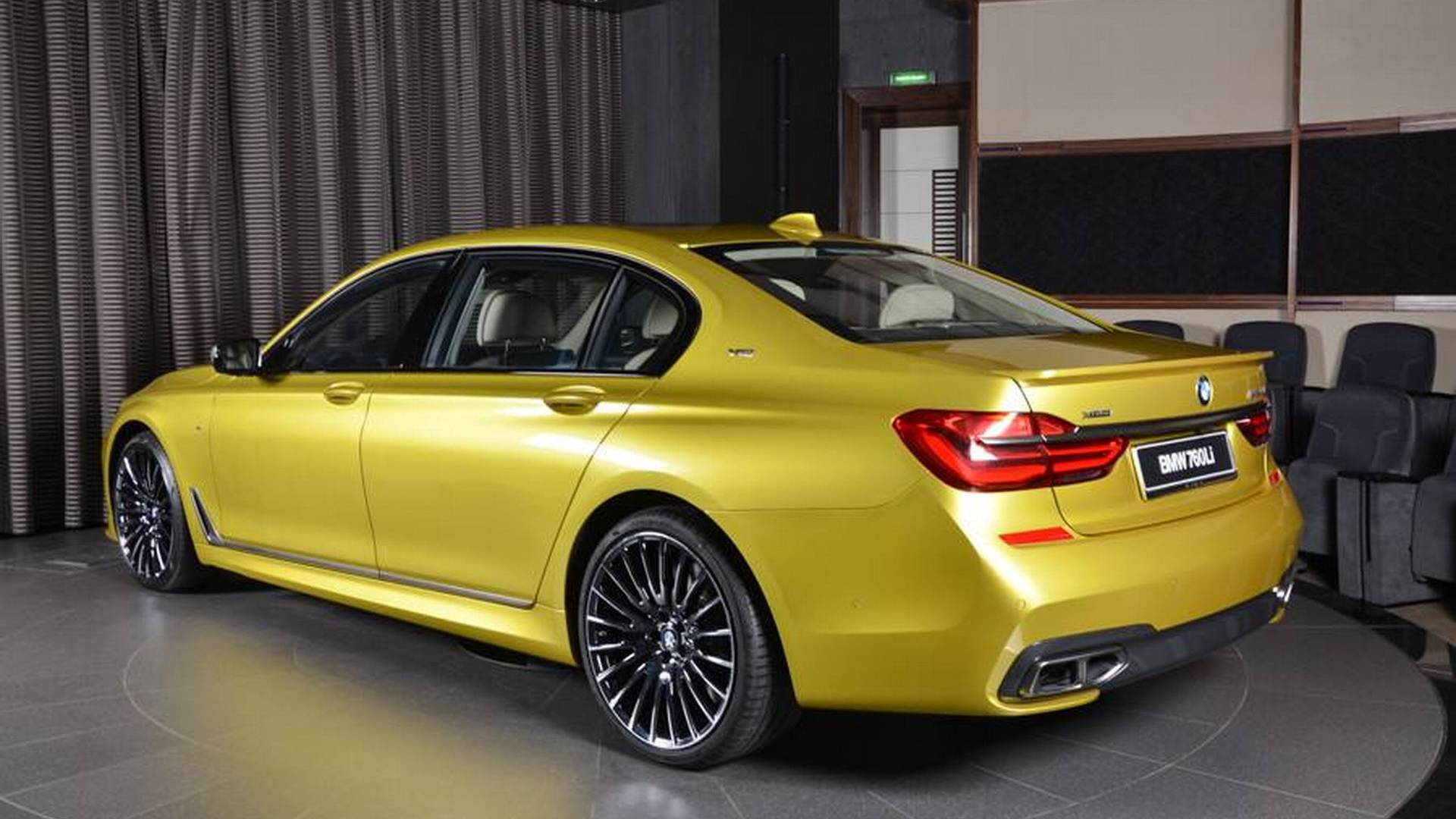 BMW_M60Li_Austin_Yellow_02