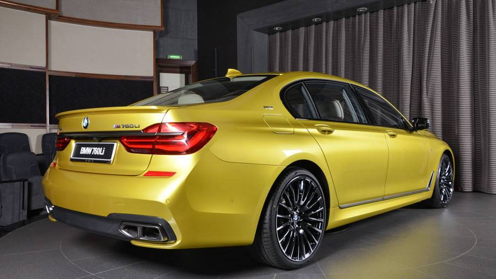 BMW_M60Li_Austin_Yellow_05