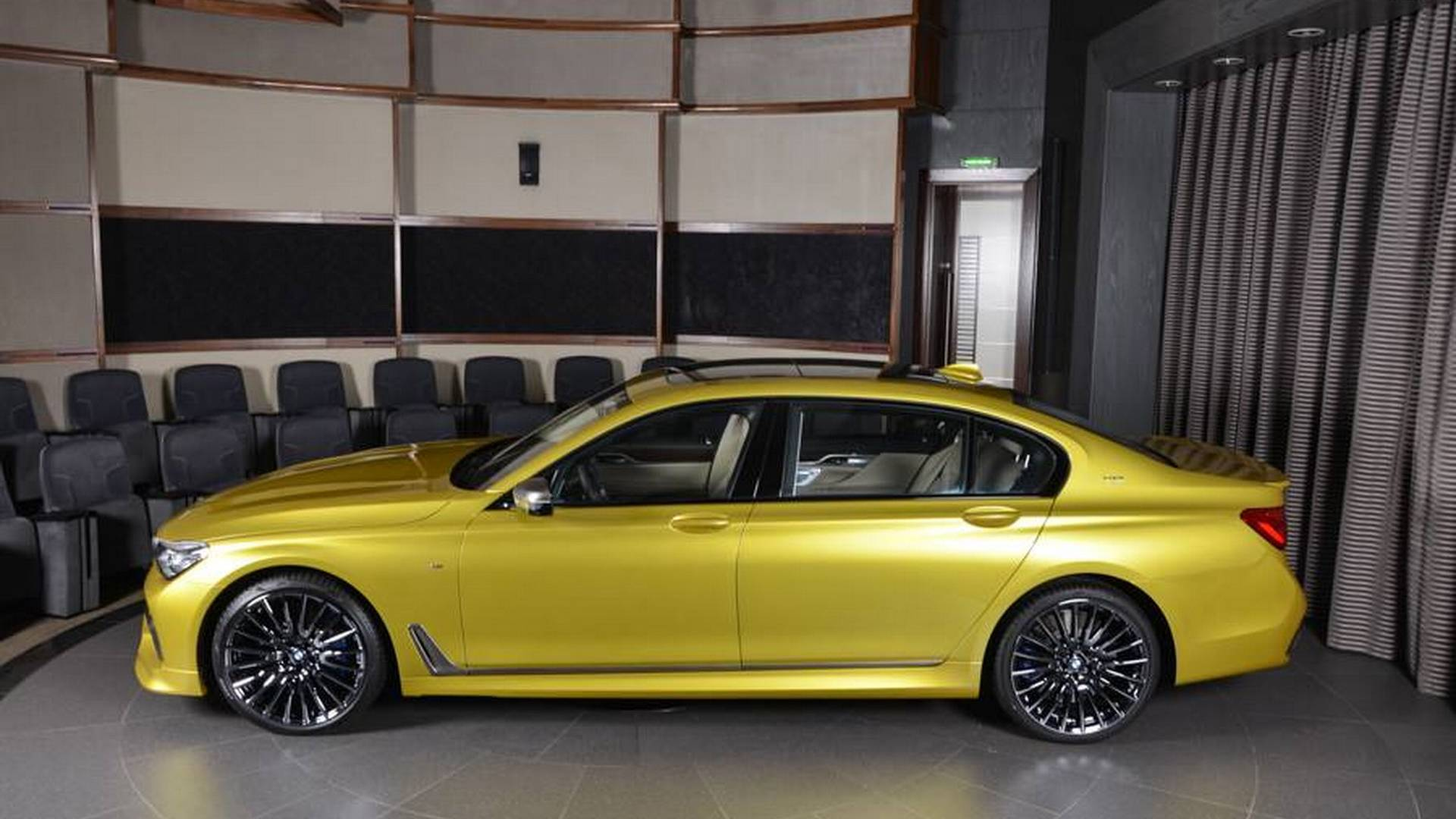 BMW_M60Li_Austin_Yellow_07