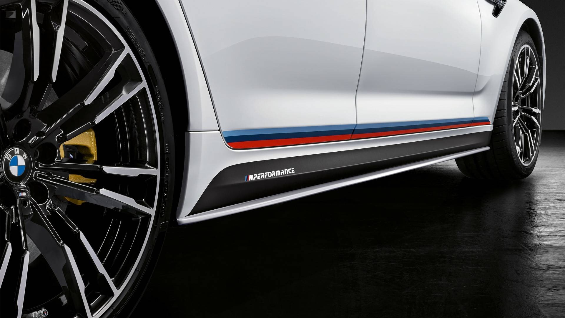 2018-bmw-m5-with-m-performance-parts (11)