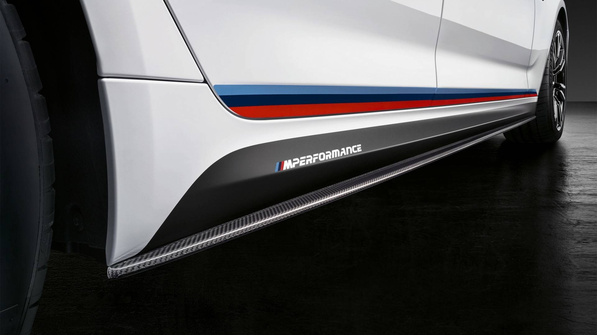 2018-bmw-m5-with-m-performance-parts (13)