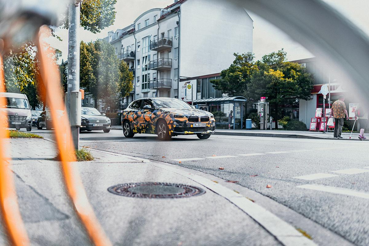 BMW X2 Camo 2018 (2)