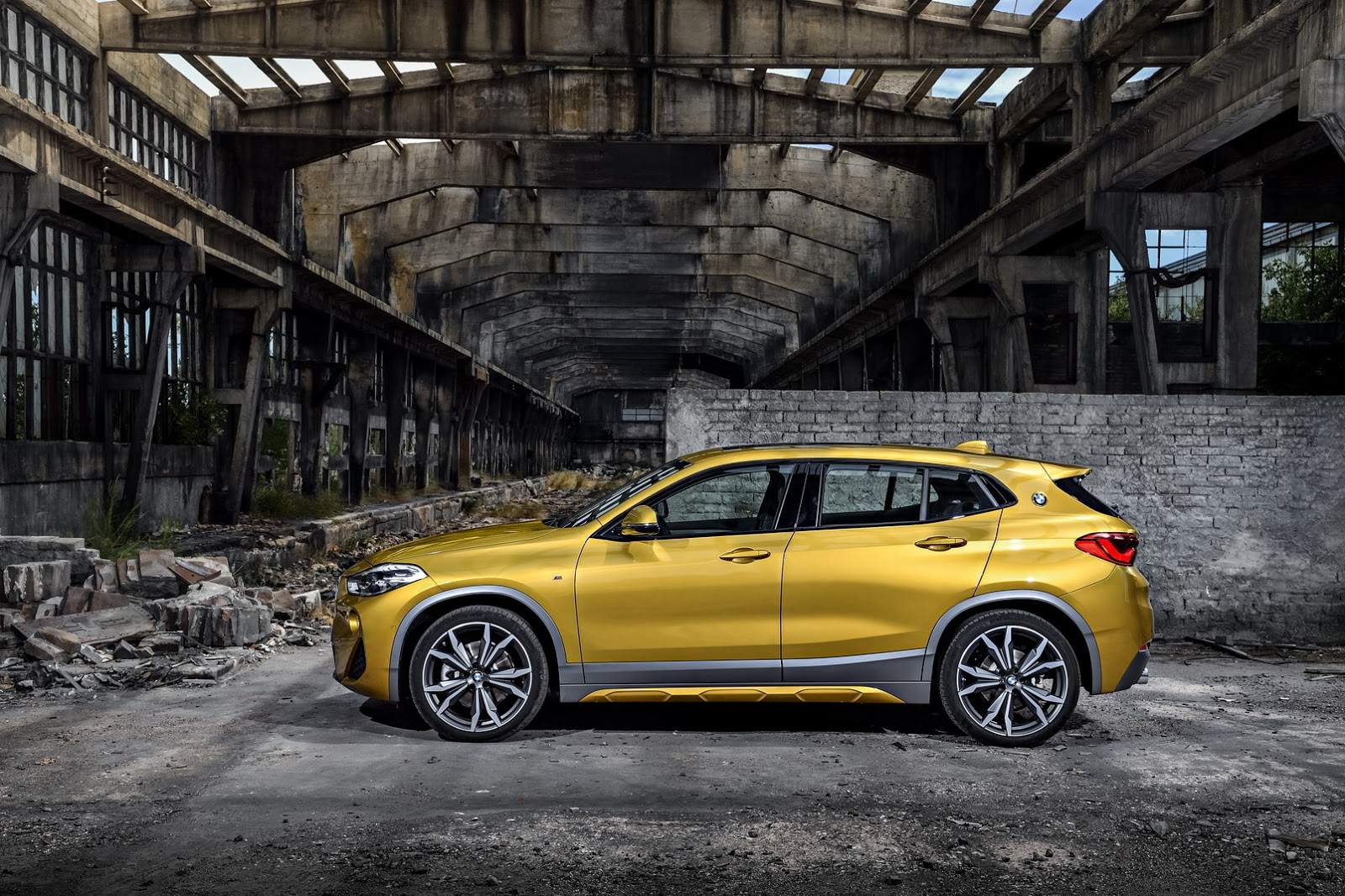 BMW-X2-37