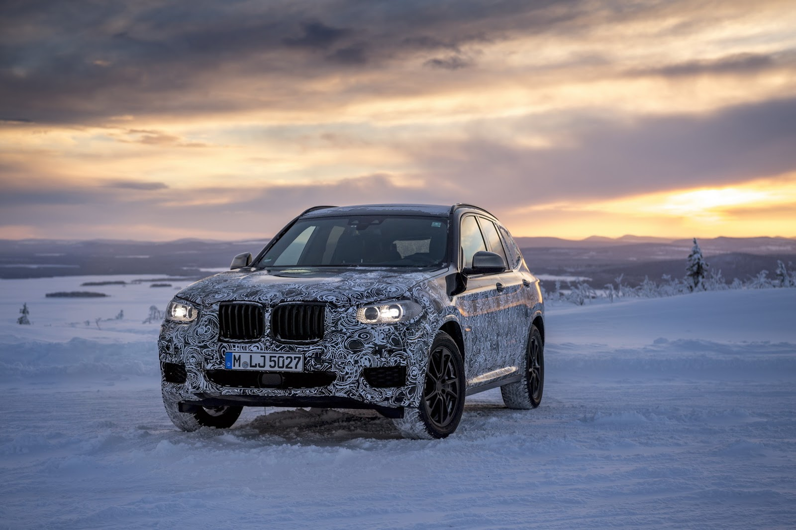 Official_Spy_Photos_BMW_X3_02