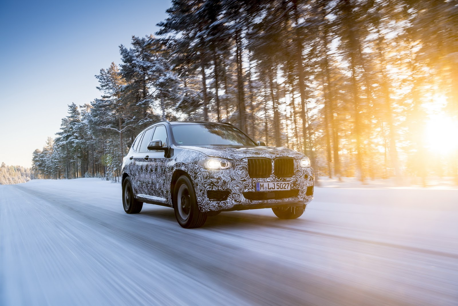 Official_Spy_Photos_BMW_X3_05