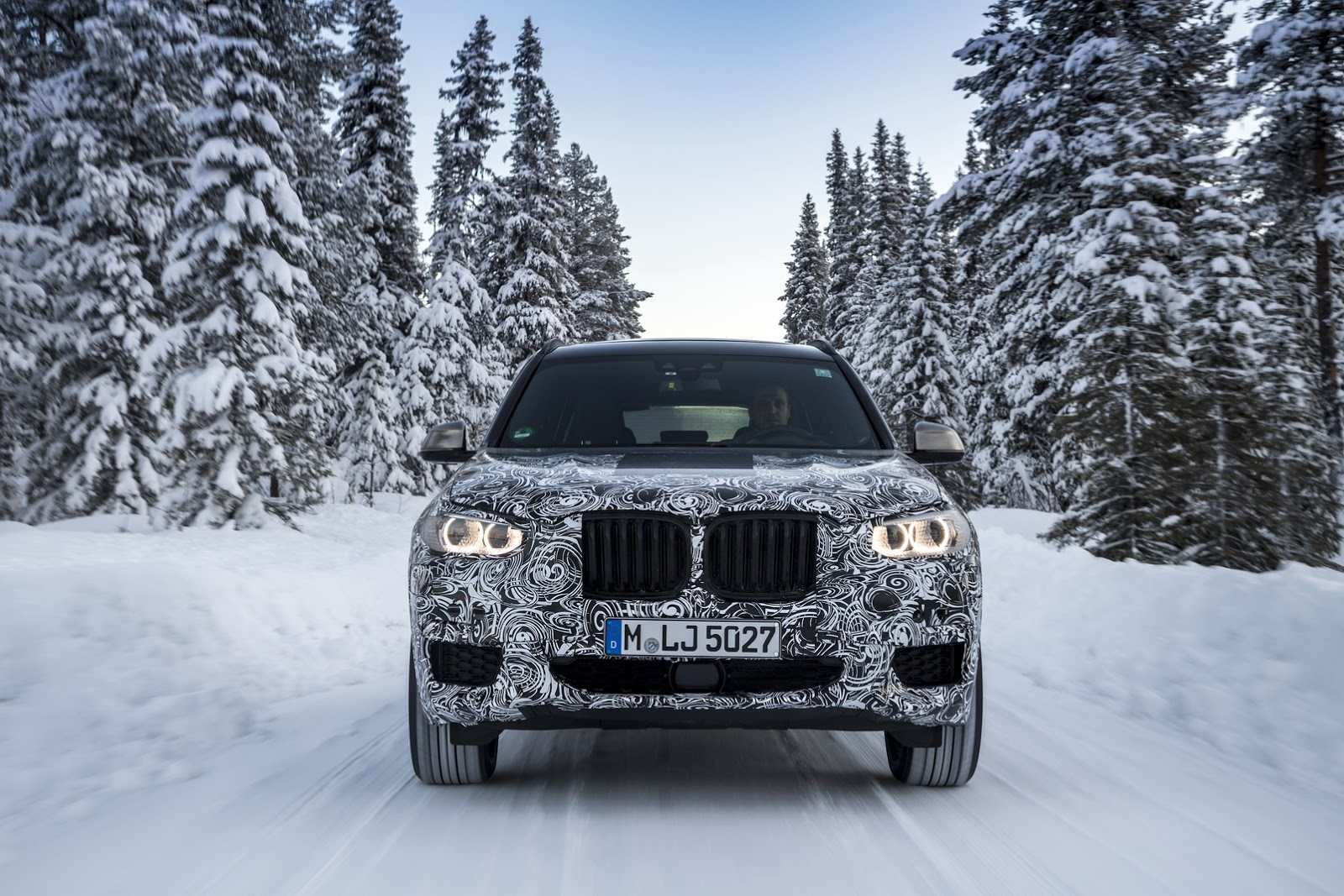 Official_Spy_Photos_BMW_X3_16
