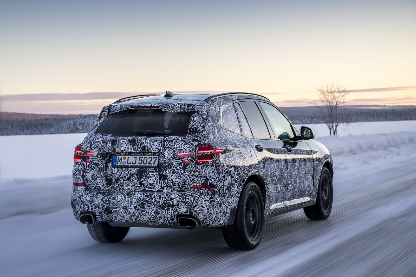 Official_Spy_Photos_BMW_X3_17
