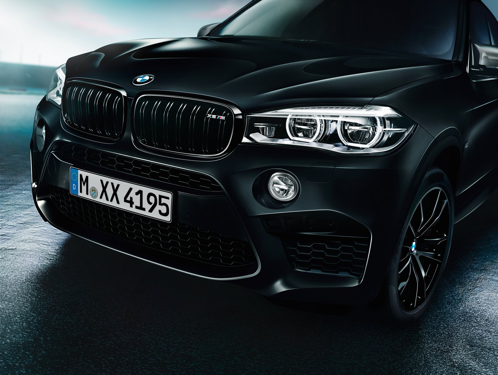 BMW-X5-M-Black-Fire-Edition-11