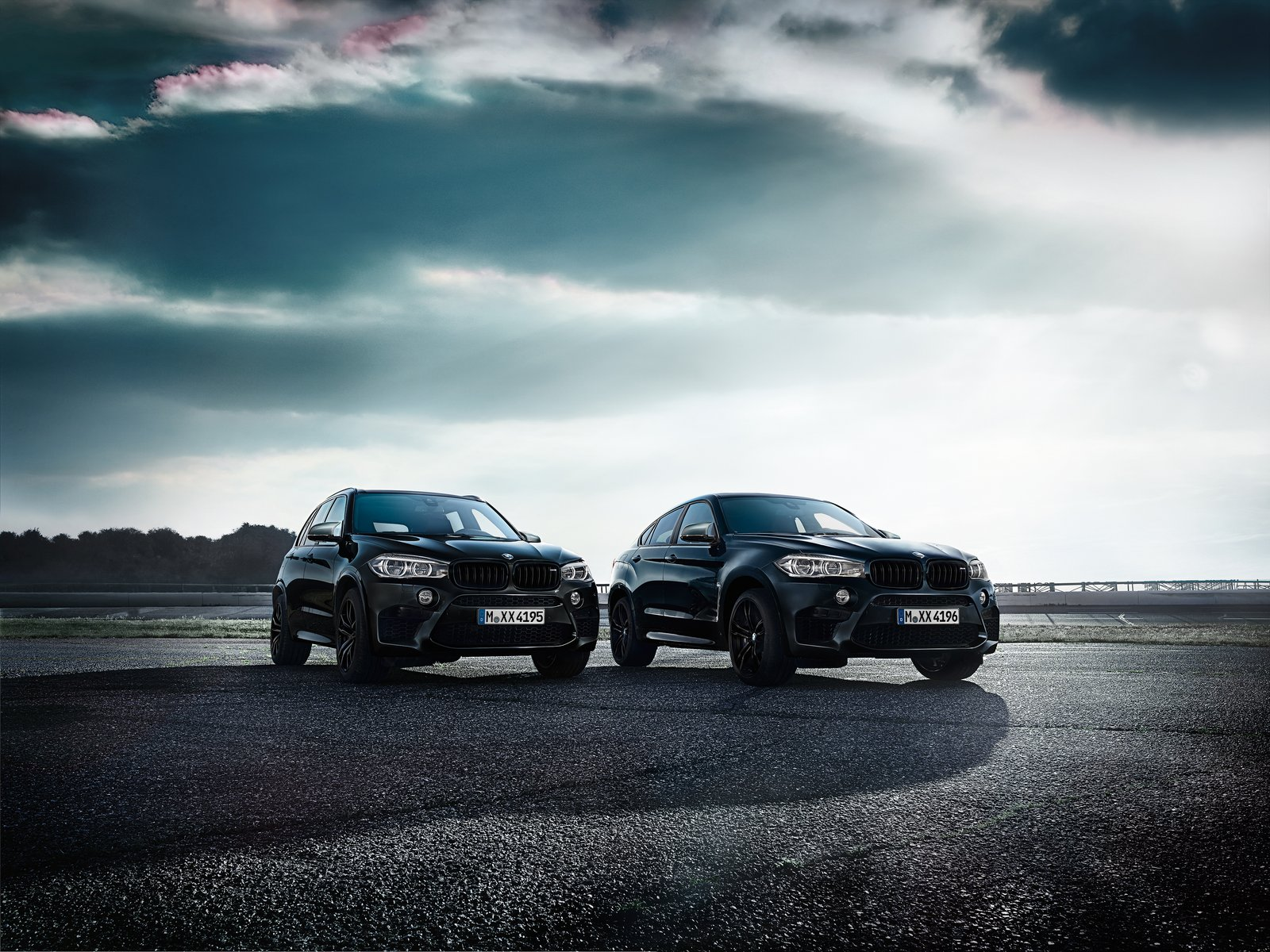 BMW-X5-M-Black-Fire-Edition-13