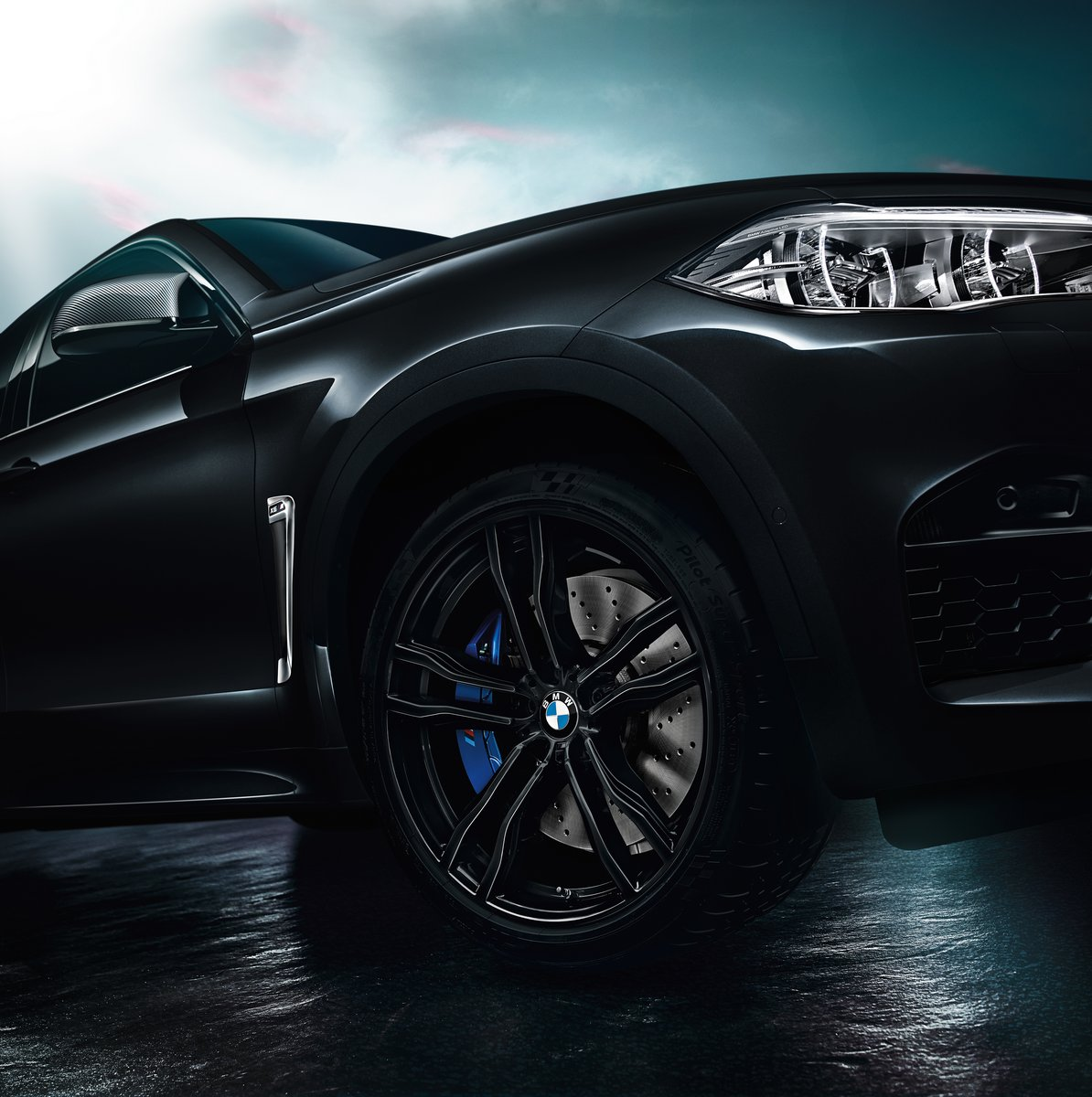 BMW-X5-M-Black-Fire-Edition-9