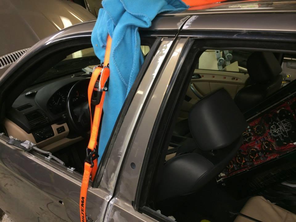 BMW X5Six-Wheel (11)