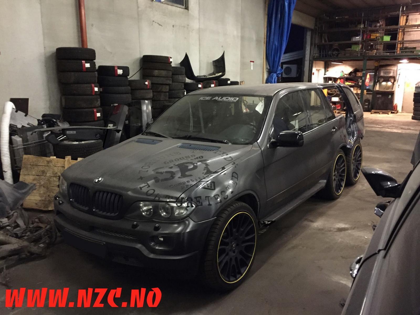BMW X5Six-Wheel (15)