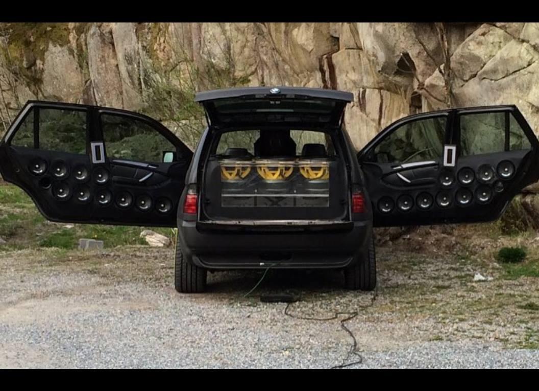 BMW X5Six-Wheel (17)